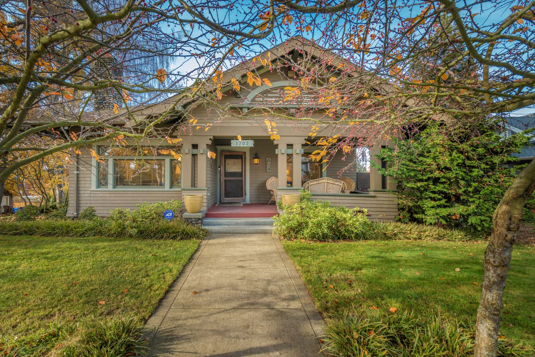 Single Family Homes for Sale at 1702NProspect.com 1702 North Prospect Street Tacoma, Washington 98406 United States