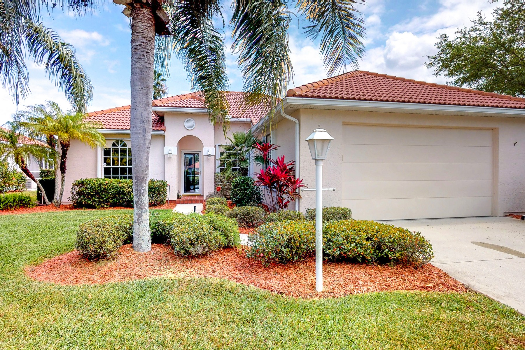 Single Family Homes for Sale at Waterfront Dream 2480 55th Square Vero Beach, Florida 32966 United States