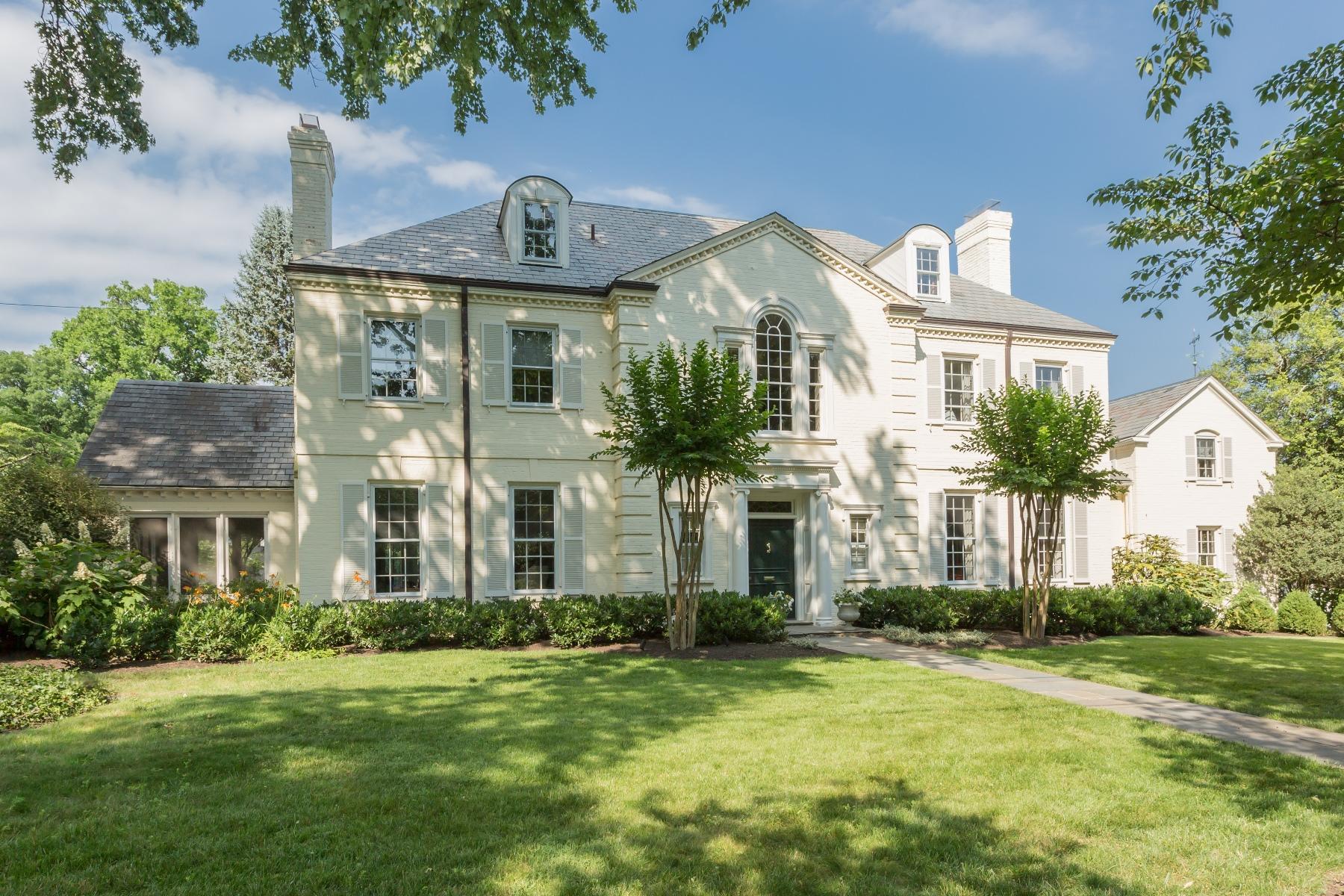 Villa per Vendita alle ore 6005 Highland Drive, Chevy Chase Chevy Chase, Maryland 20815 Stati Uniti