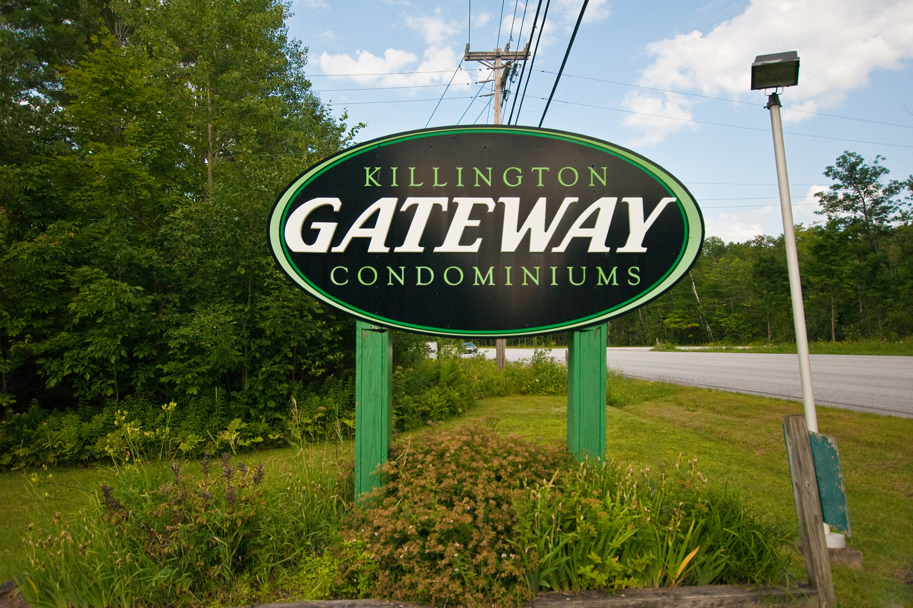 Condominiums for Sale at 118 Gateway Court B22, Mendon 118 Gateway Ct B22 Mendon, Vermont 05701 United States