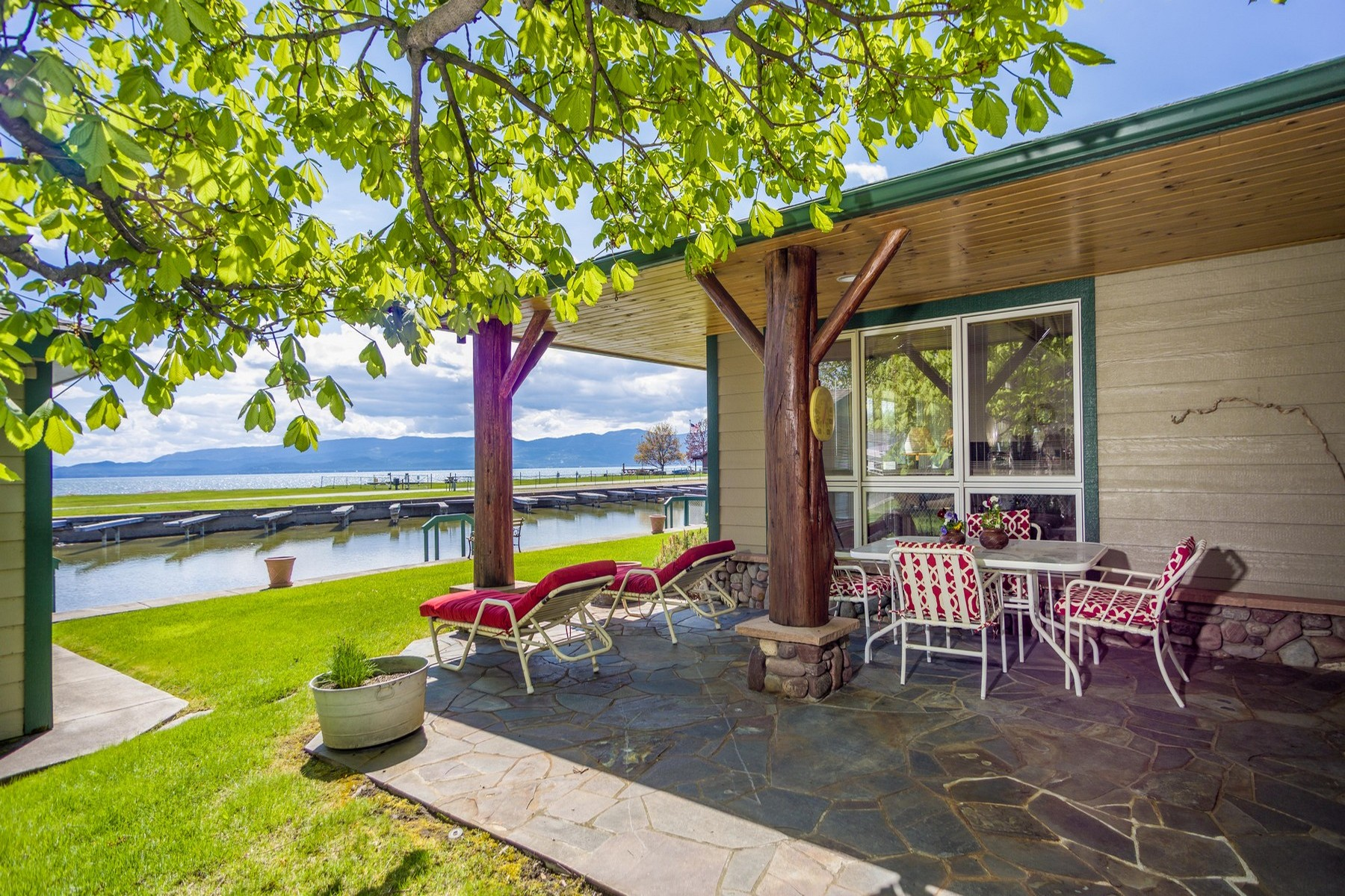 Single Family Home for Sale at 160 Parkway Ave , Bigfork, MT 59911 160 Parkway Ave Bigfork, Montana 59911 United States