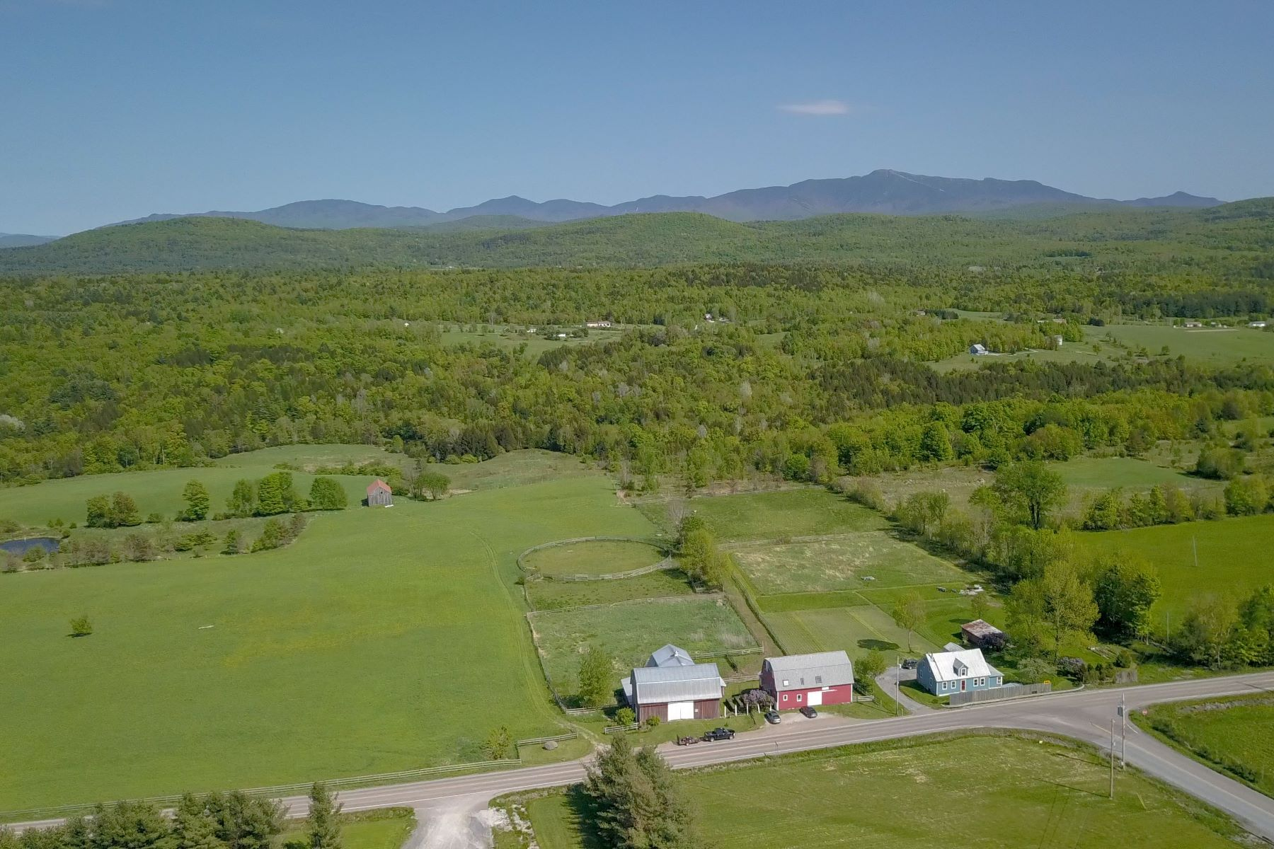 Single Family Home for Sale at 2105 Vt Rte 128, Westford 2105 Vt Rte 128 Westford, Vermont 05494 United States