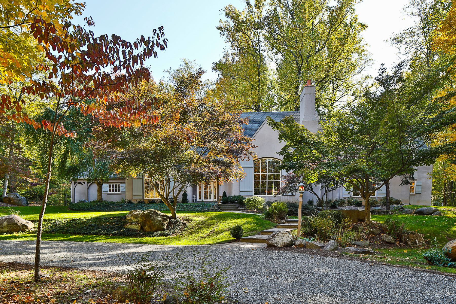 단독 가정 주택 용 매매 에 Romantic, Wooded Views and Sophisticated Style 316 Cherry Valley Road Princeton, 뉴저지, 08540 미국