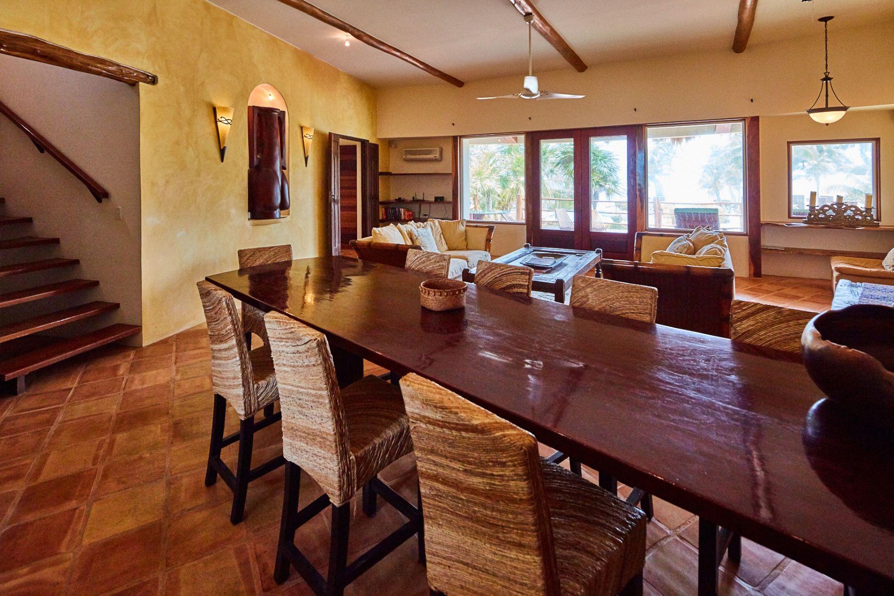 Additional photo for property listing at Villa Pearl La Perla Del Caribe Villa Pearl 5.5 Miles North San Pedro San Pedro Town, Belize 0 Belize