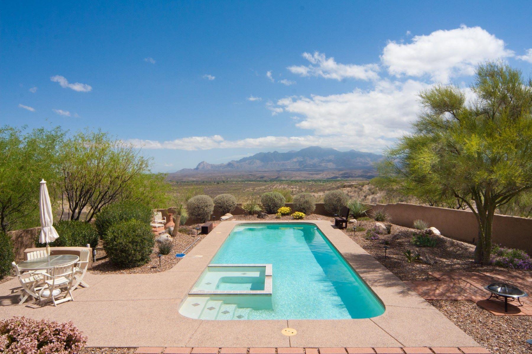 단독 가정 주택 용 매매 에 Beautiful custom-built home with incredible views 13 Western Saddle Ct Tubac, 아리조나, 85646 미국
