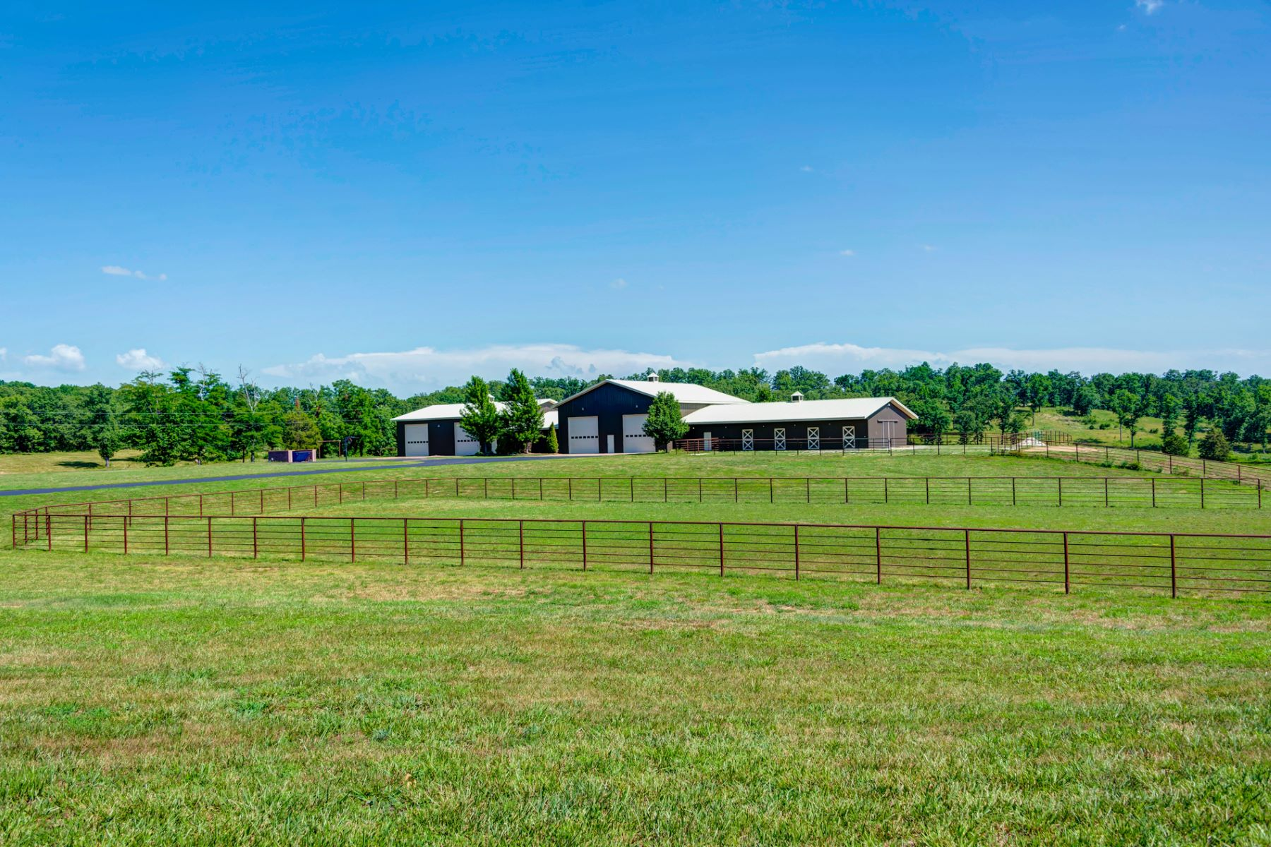 Additional photo for property listing at Horse Power Ranch 1812 Highway 42 Brumley, Missouri 65017 United States