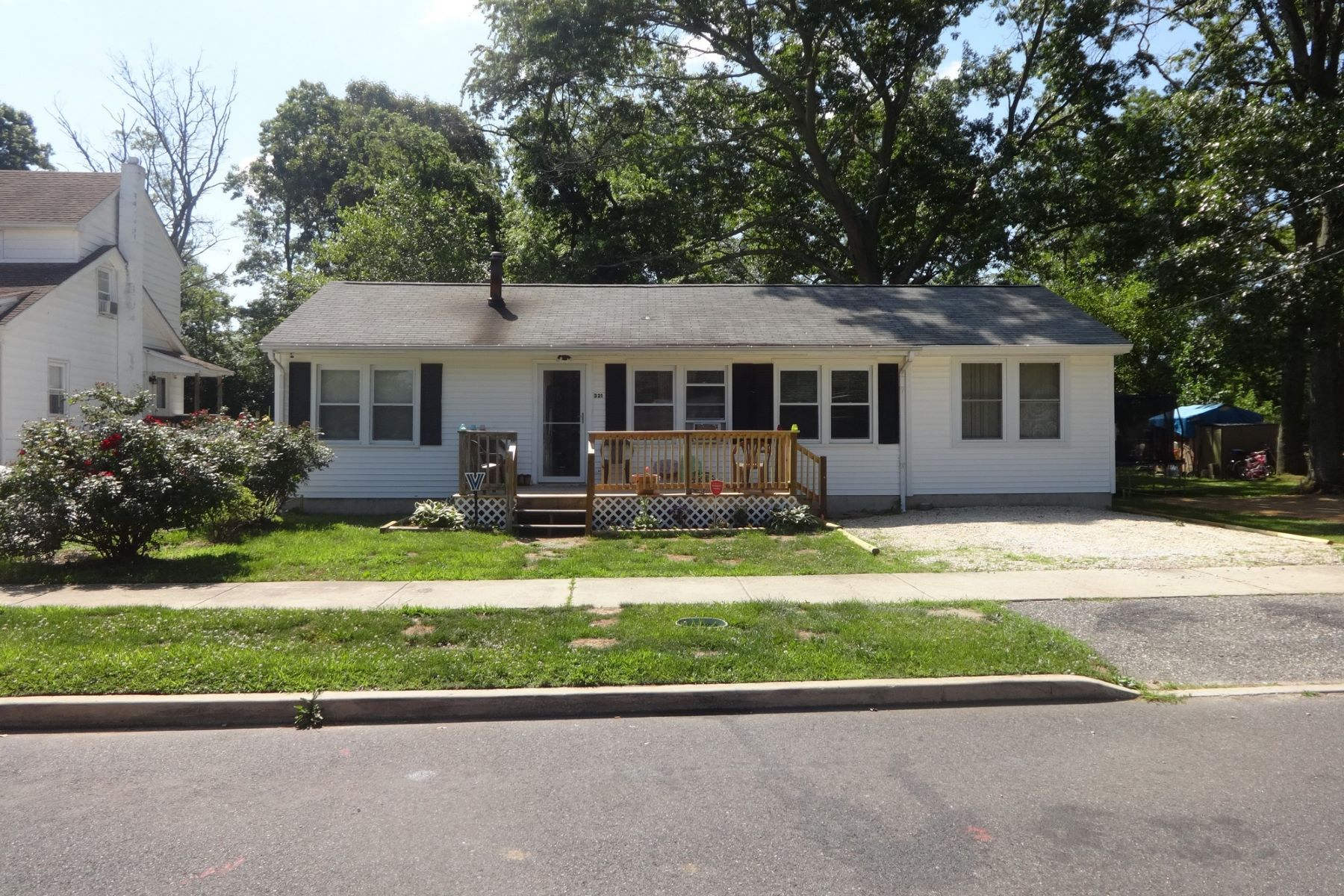 Single Family Home for Sale at Well-Maintained Rancher 321 Madison Avenue, Woodbine, New Jersey 08270 United States