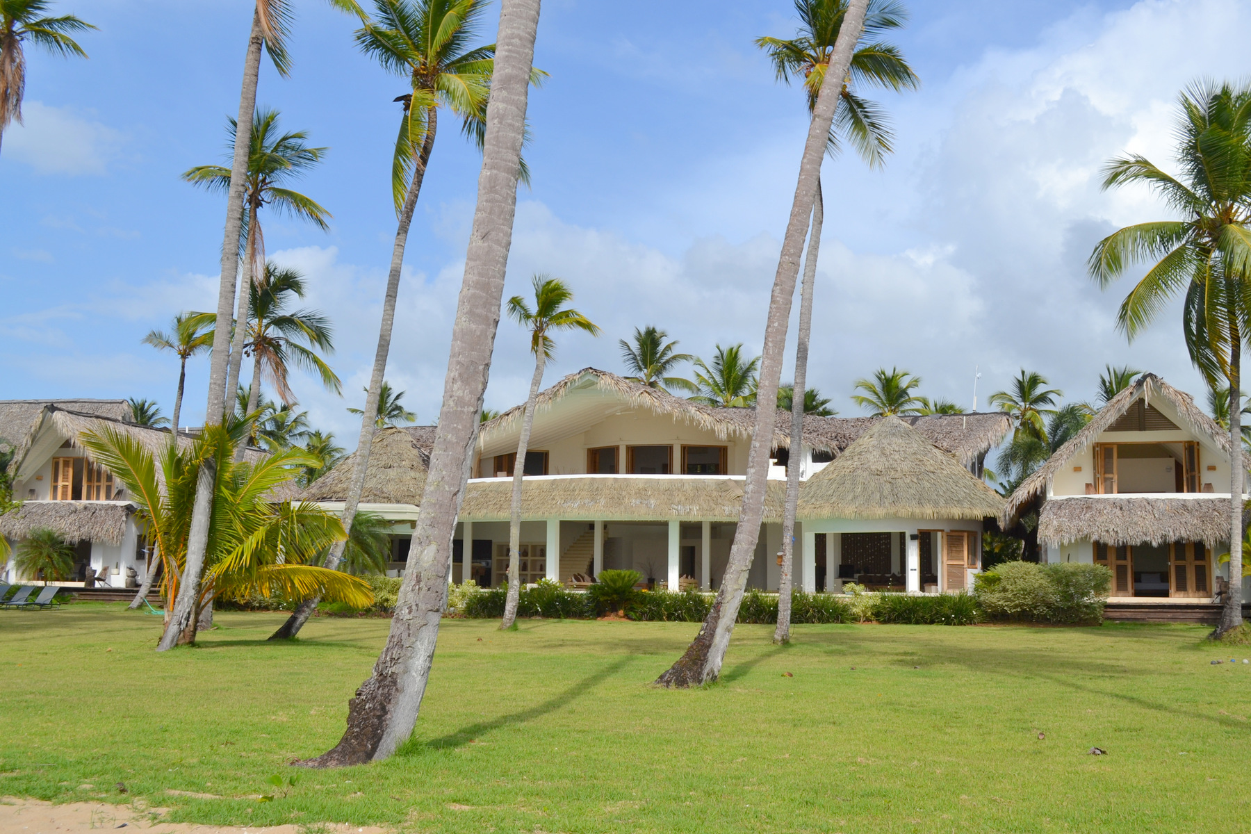 Single Family Home for Sale at Villa del Mar Villa del Mar, Coson, Las Terrenas, Samana, 32000 Dominican Republic