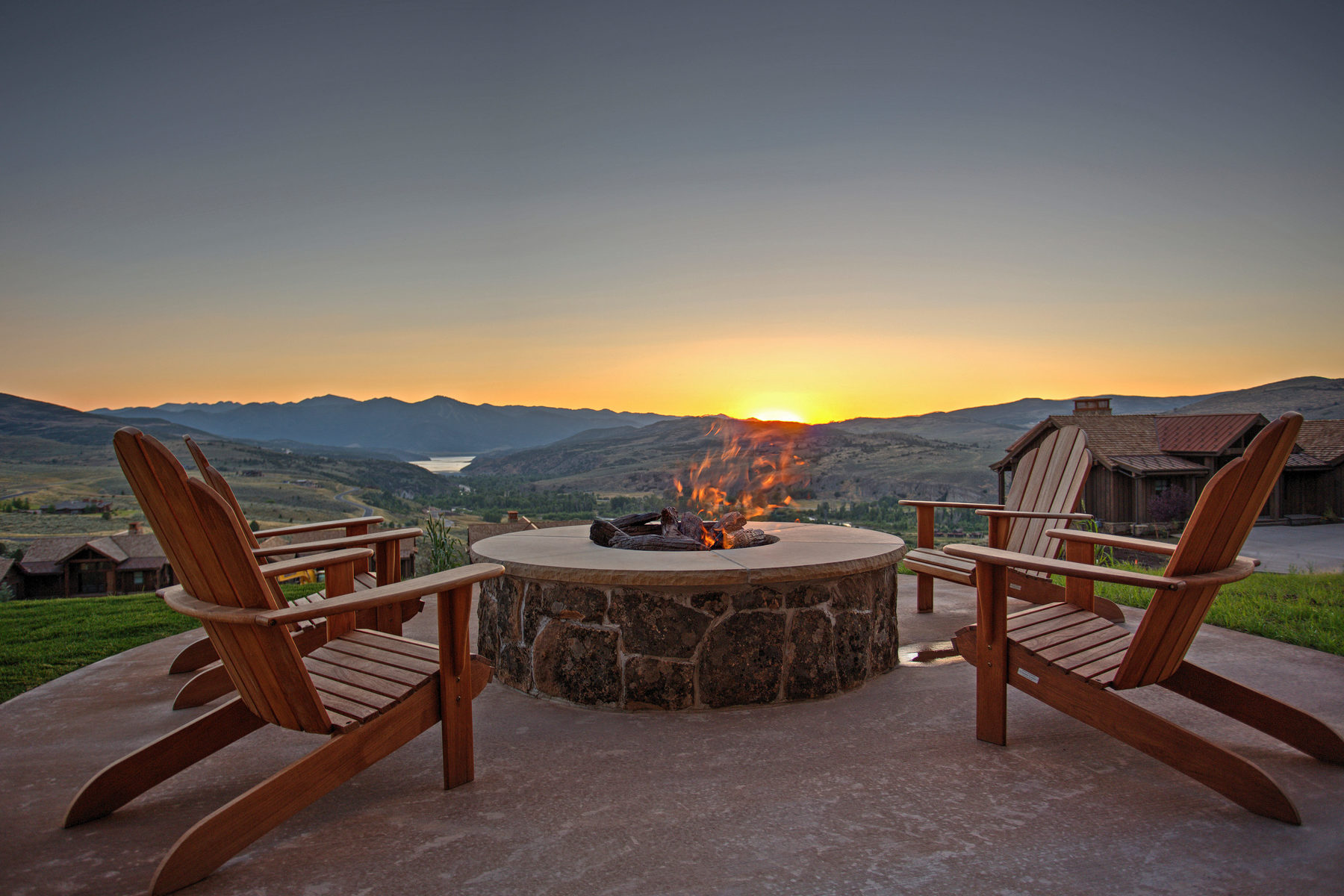Additional photo for property listing at Juniper Cabin with Spectacular Views 7021 N Rees Jones Way #169 Heber City, Utah 84032 United States