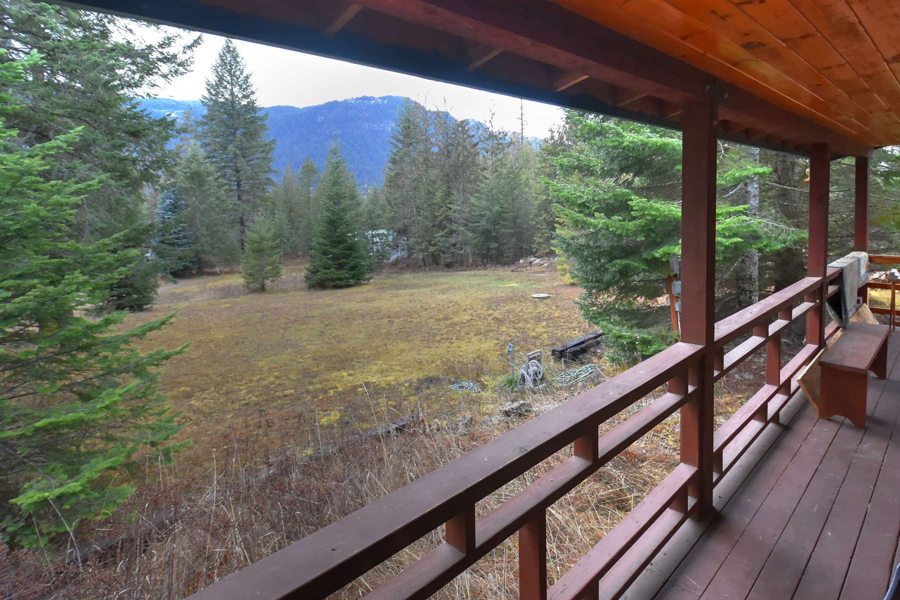 Single Family Homes for Active at Clark Fork Cabin on Acreage 59049 Hwy 200 Clark Fork, Idaho 83811 United States