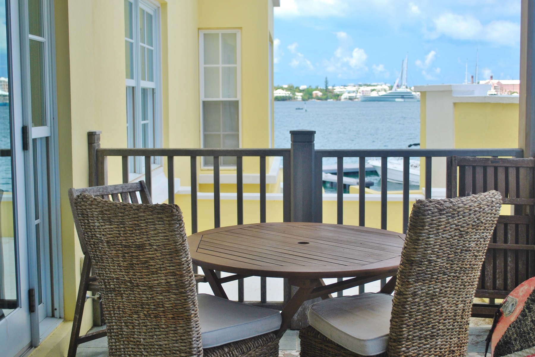 Condominio per Vendita alle ore The Wharf Unit 2 Paget, Bermuda