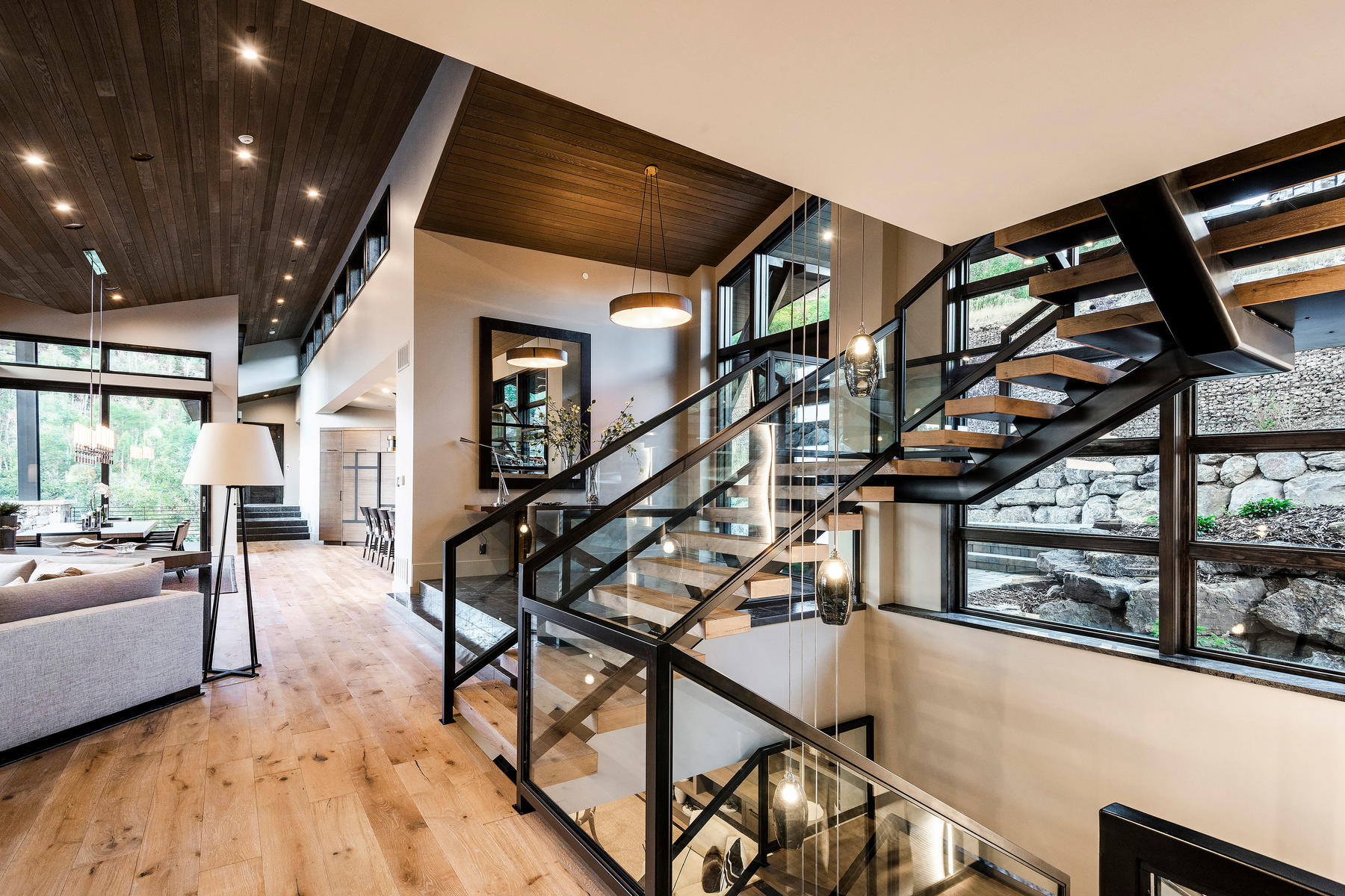 Additional photo for property listing at Stunning Ski-In Ski-Out New Construction with Panoramic Views 3007 Deer Crest Estates Park City, Utah 84060 United States