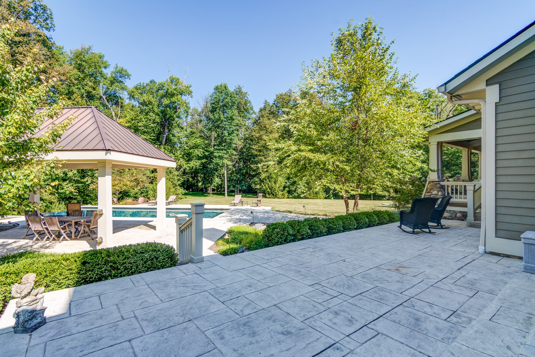 Additional photo for property listing at Stunning Estate 2020 W. 136th Street Carmel, Indiana 46032 United States