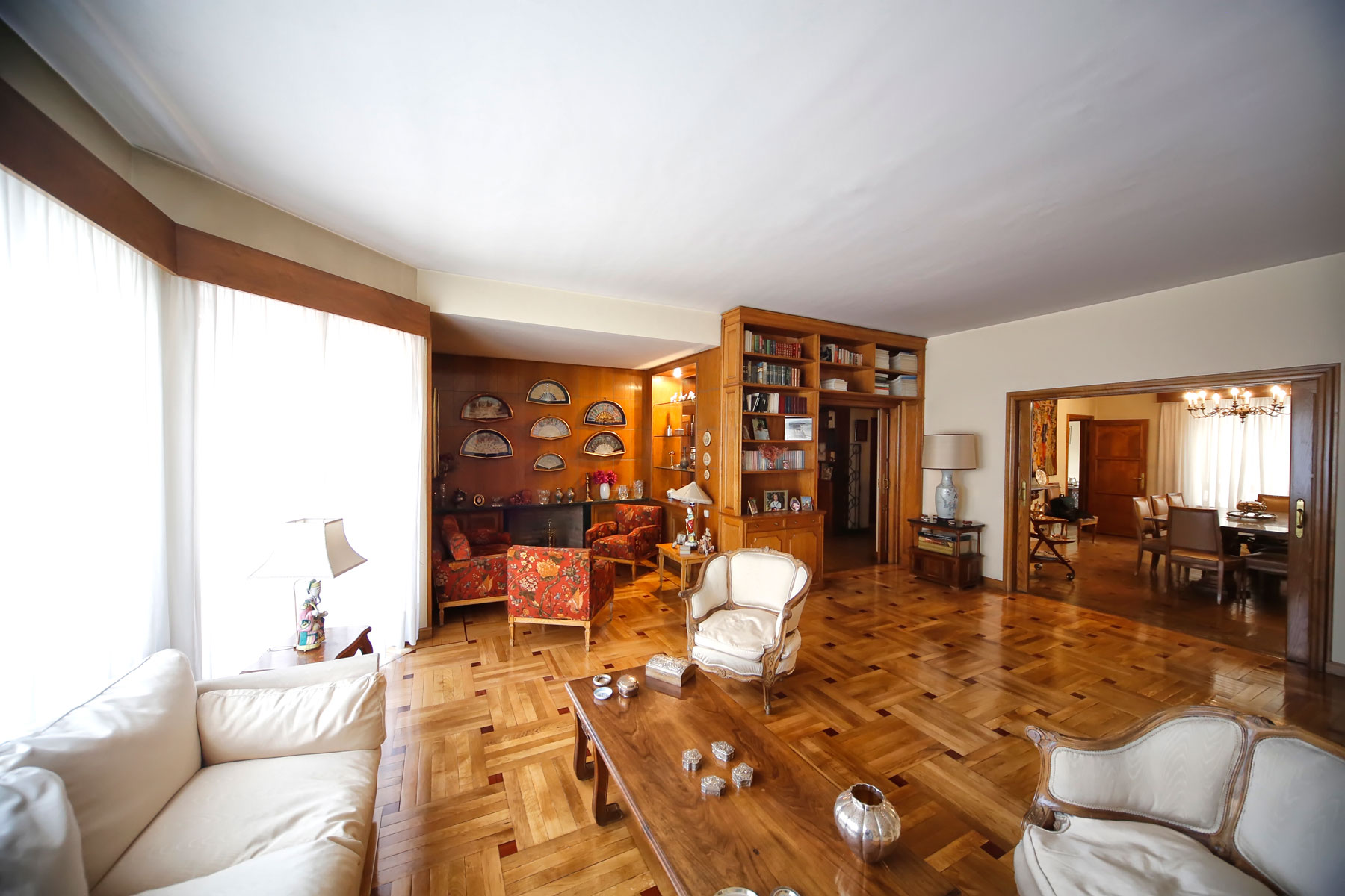 Apartamento por un Venta en Excellent apartment to be refurbished for sale in Salamanca Madrid, Madrid, España