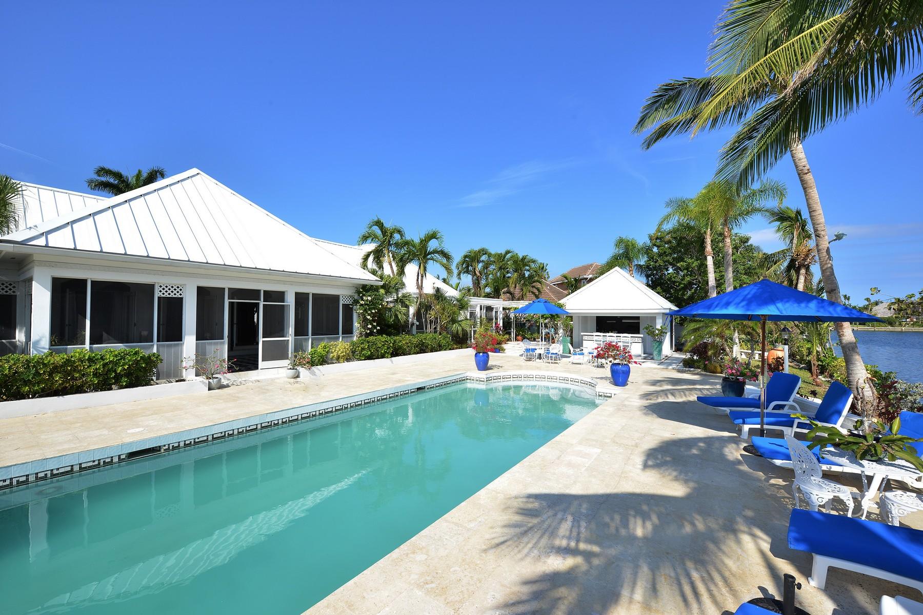 Einfamilienhaus für Verkauf beim Wild Orchid Lyford Cay, New Providence/Nassau Bahamas