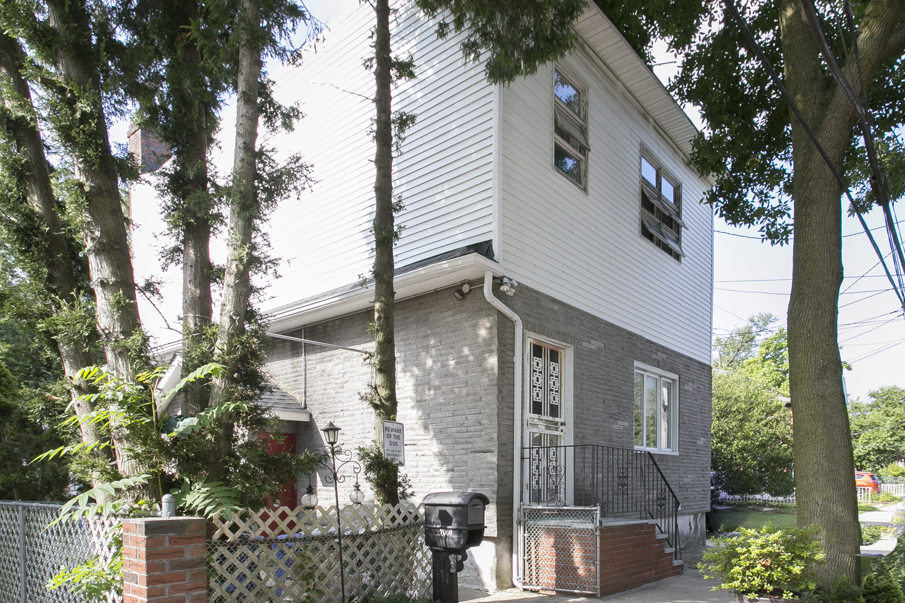 "Single Family Home for Rent at ""JUNIOR 4 APARTMENT IN 2 FAMILY HOME"" 70-66 Walnut Street, 2nd FL, Forest Hills, New York 11375 United States"