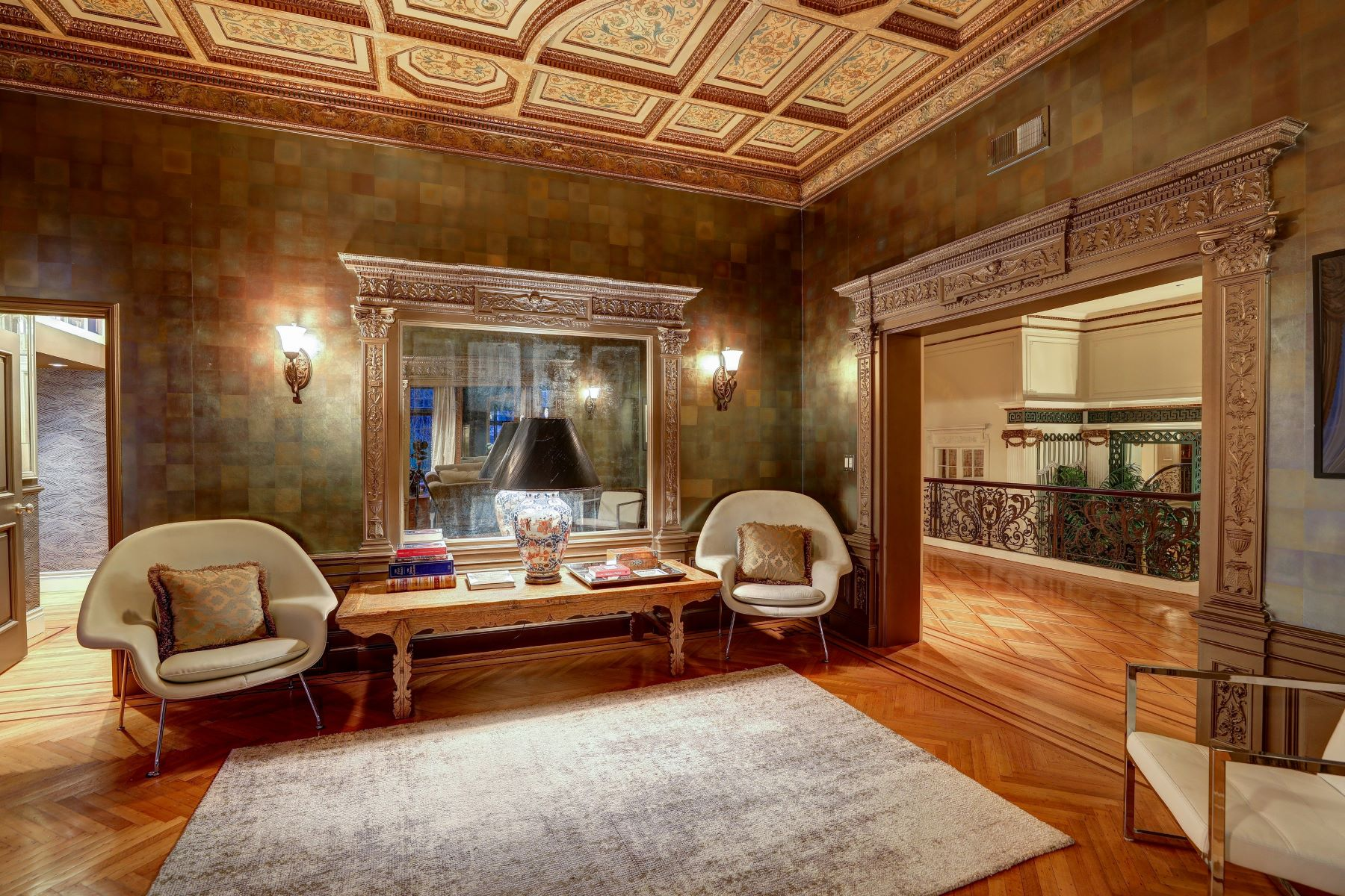 Additional photo for property listing at Magnificent Grand Mansion in the Heart of SF 2820 Scott Street 旧金山, 加利福尼亚州 94123 美国