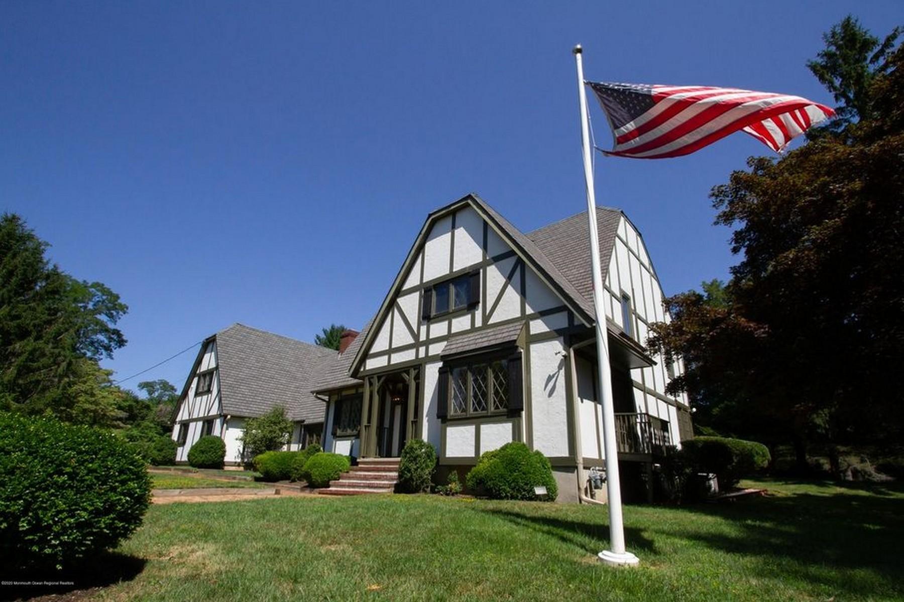 Single Family Homes por un Venta en Premier location, high and dry in Rumson 43 Buena Vista Ave Rumson, Nueva Jersey 07760 Estados Unidos
