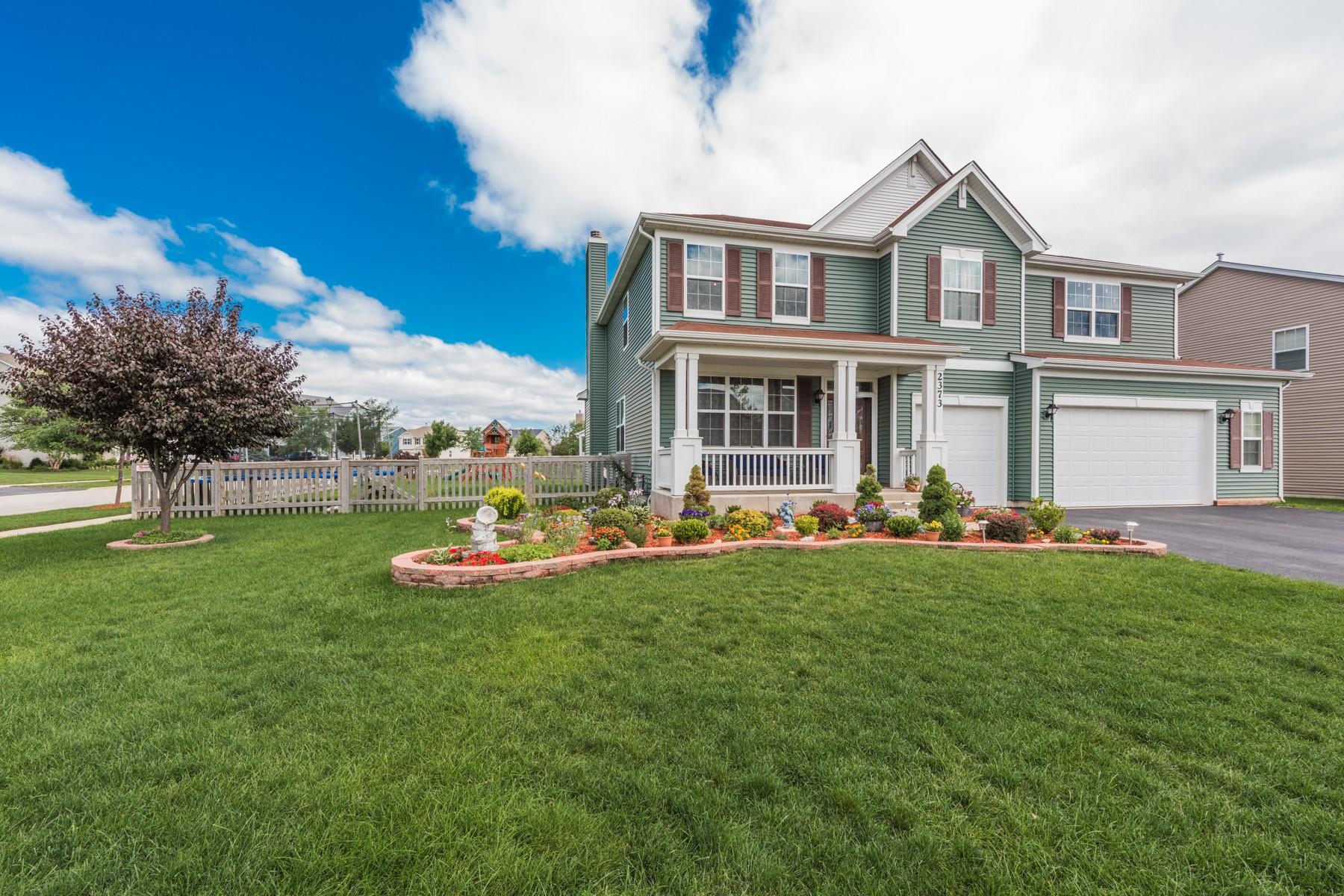 Tek Ailelik Ev için Satış at Perfection! 2373 Heron Lane, Wauconda, Illinois, 60084 Amerika Birleşik Devletleri