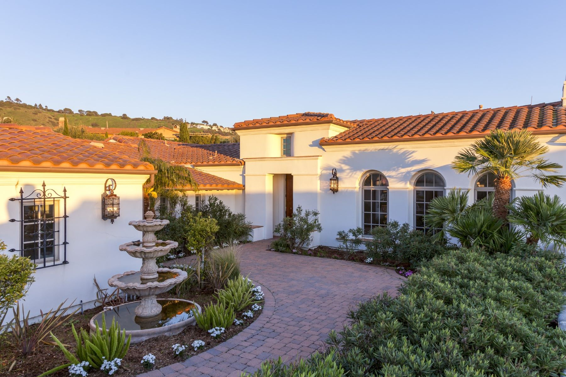 واحد منزل الأسرة للـ Sale في 50 Pacifica Del Mar Rancho Palos Verdes, California, 90275 United States