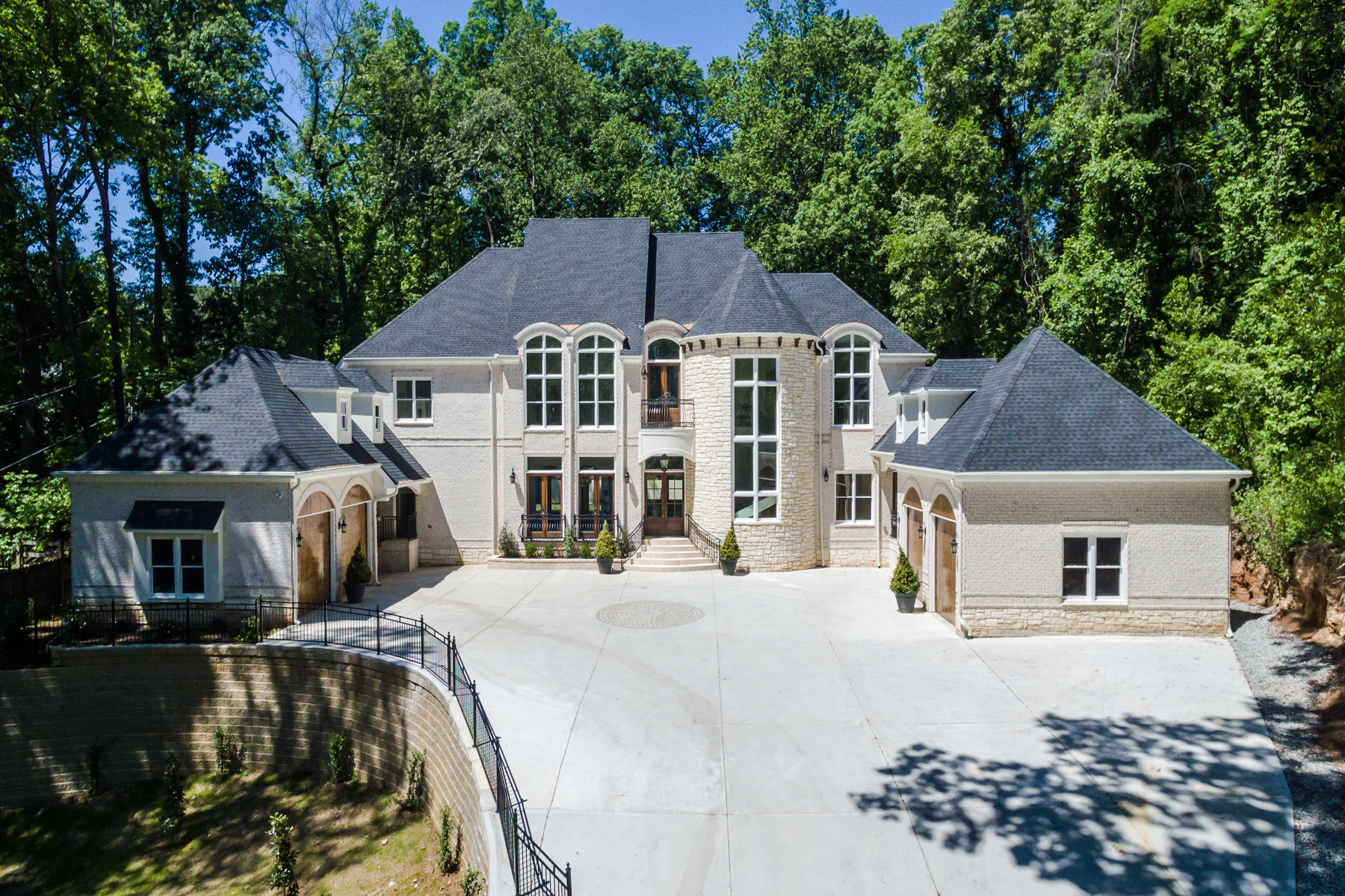 Single Family Home for Sale at Hilltop European On 1.6 Acre Lot 3620 Cloudland Drive Buckhead, Atlanta, Georgia, 30327 United States