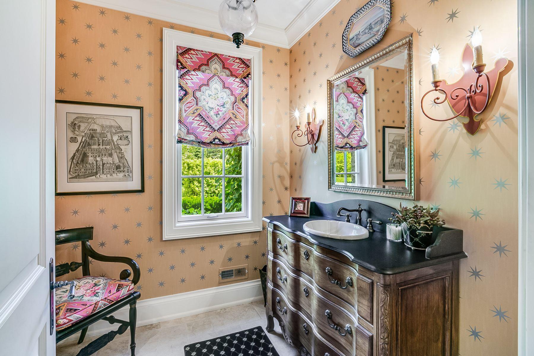 Additional photo for property listing at Remarkable Elm Grove Chateau 14115 Juneau Blvd, Elm Grove, Wisconsin 53122 Estados Unidos