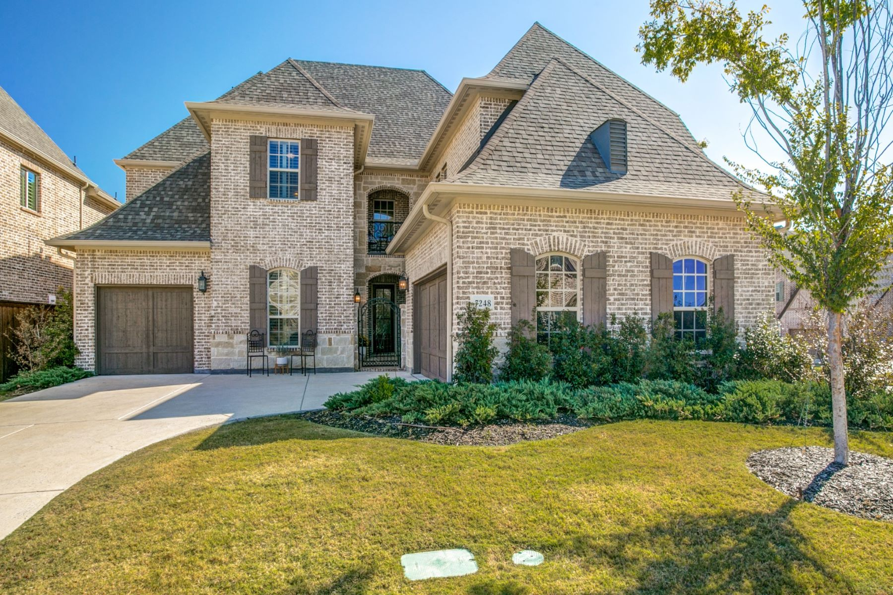 Single Family Homes for Active at Gorgeous Custom Designed Darling Home 7248 Marquis Lane Irving, Texas 75063 United States