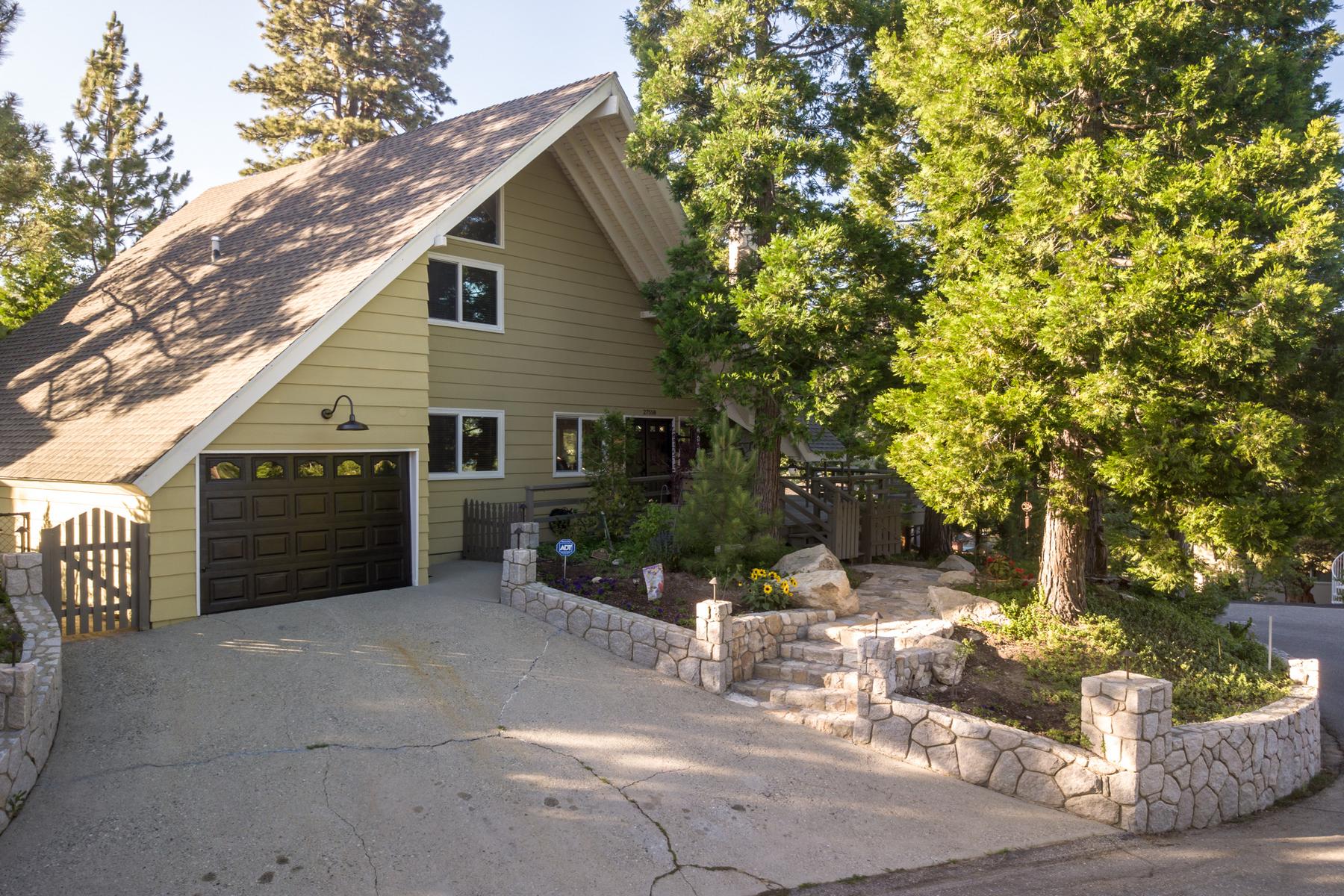 Single Family Homes for Sale at 27558 West Shore Road, Lake Arrowhead, California 92352 27558 West Shore Road Lake Arrowhead, California 92352 United States