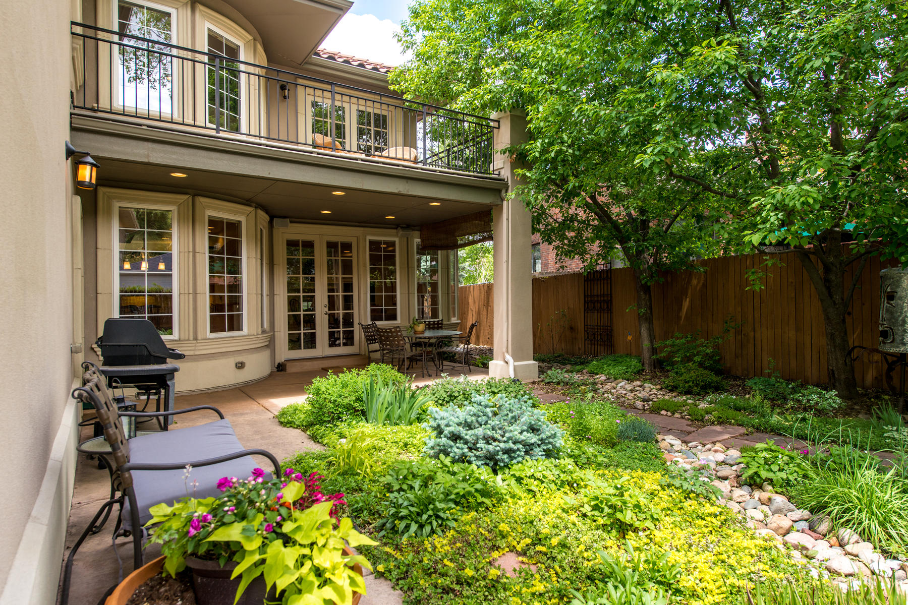 Additional photo for property listing at Tuscan Inspired 1036 S. Clayton Way Denver, Colorado 80209 United States