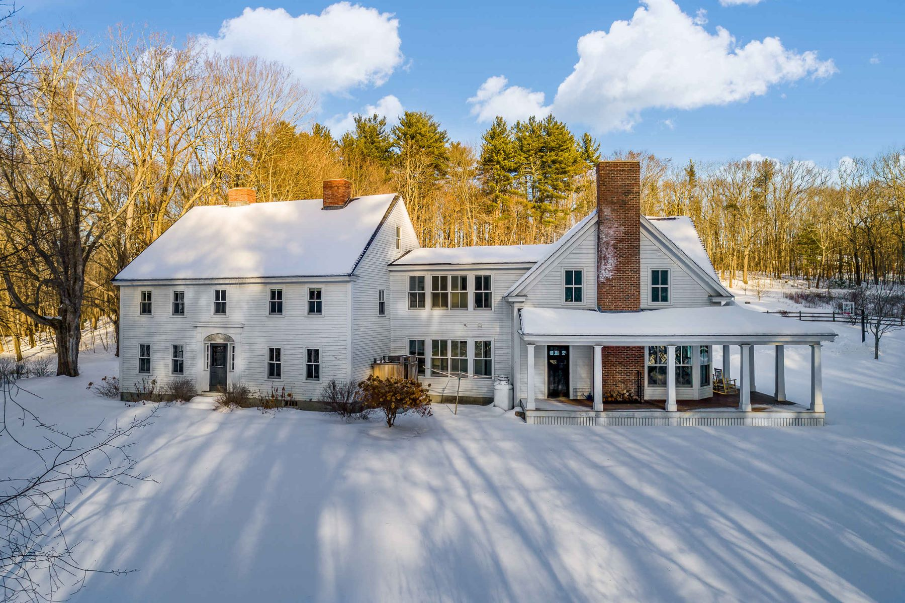 Single Family Homes for Sale at Hill Garrison - Ideal Country Estate in South Berwick 33 Brattle Street South Berwick, Maine 03908 United States