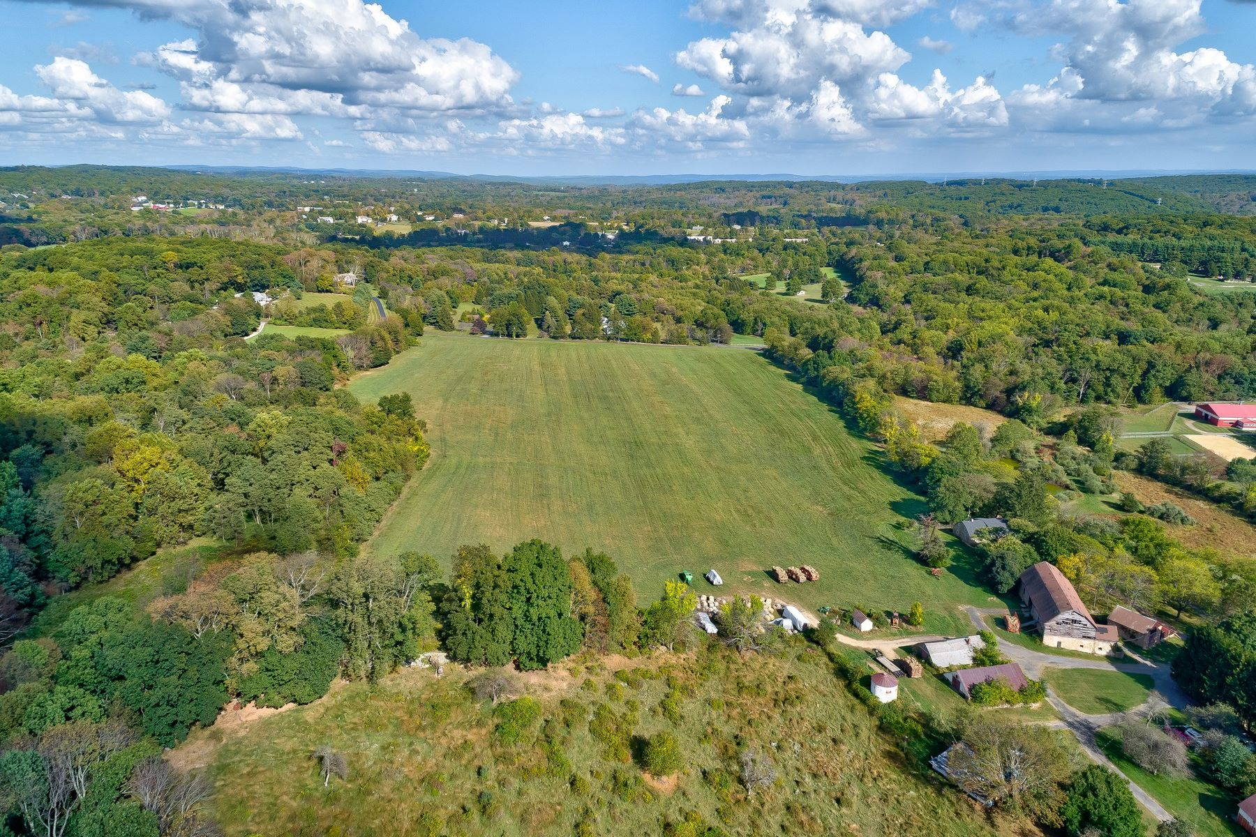 single family homes pour l Vente à Historic 1726 Farm 26 Sutton Road, Tewksbury Township, New Jersey 07830 États-Unis