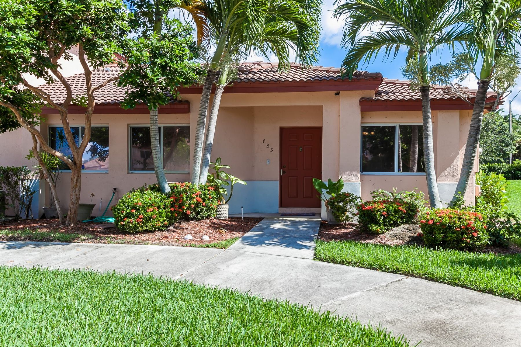 House for Rent at 855 NW 208 CR. 855 NW 208 CIRCLE # 855 Pembroke Pines, Florida 33029 United States