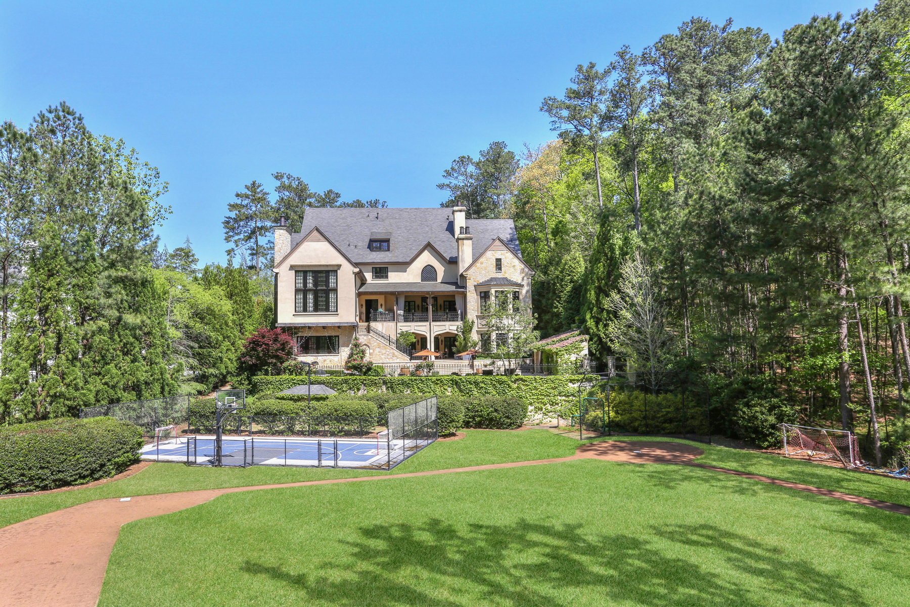 Additional photo for property listing at Extraordinary Field Of Dreams Legacy Family Estate 910 Hurleston Lane Johns Creek, Georgia 30022 United States