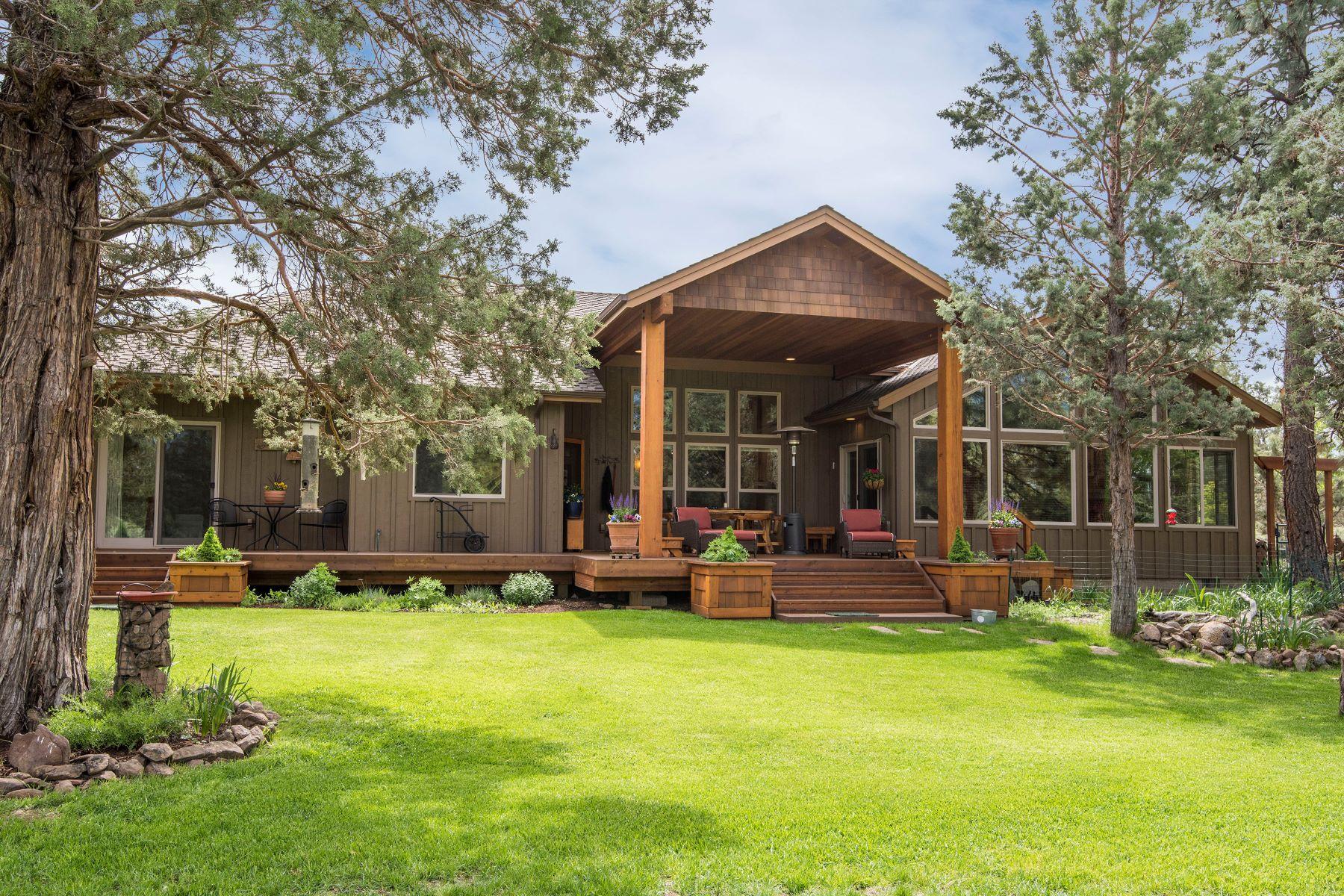 Single Family Homes pour l Vente à 17700 Mountain View Road Sisters, OR 97759 17700 Mountain View Rd, Sisters, Oregon 97759 États-Unis
