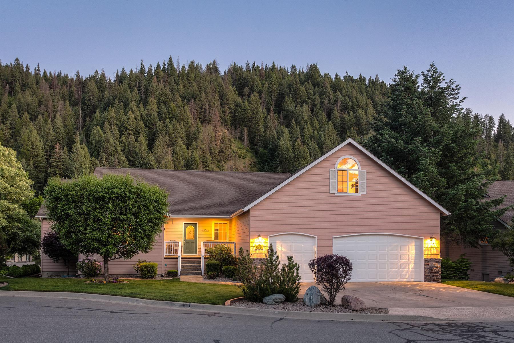 단독 가정 주택 용 매매 에 Best Hills Beauty 2938 E Silvertip Ave Coeur D Alene, 아이다호, 83814 미국