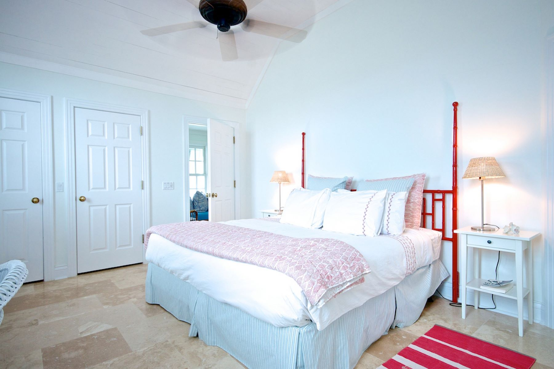 Additional photo for property listing at Captain's Cottage, #2 Beach Road Schooner Bay, Abaco Bahamas