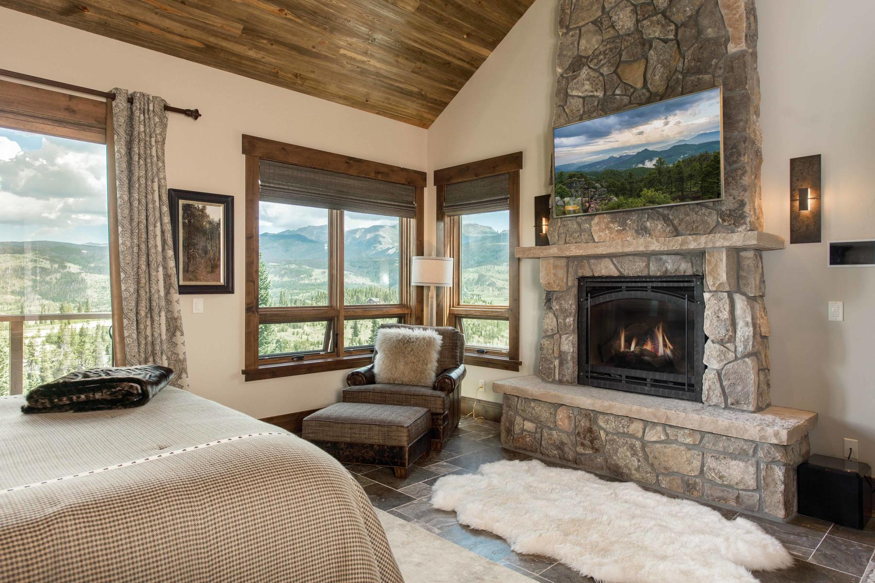 Additional photo for property listing at Enjoy the mountain lifestyle with this extraordinary custom home on 3.6 acres! 181 Bull Bugle Bend Fraser, Colorado 80442 United States