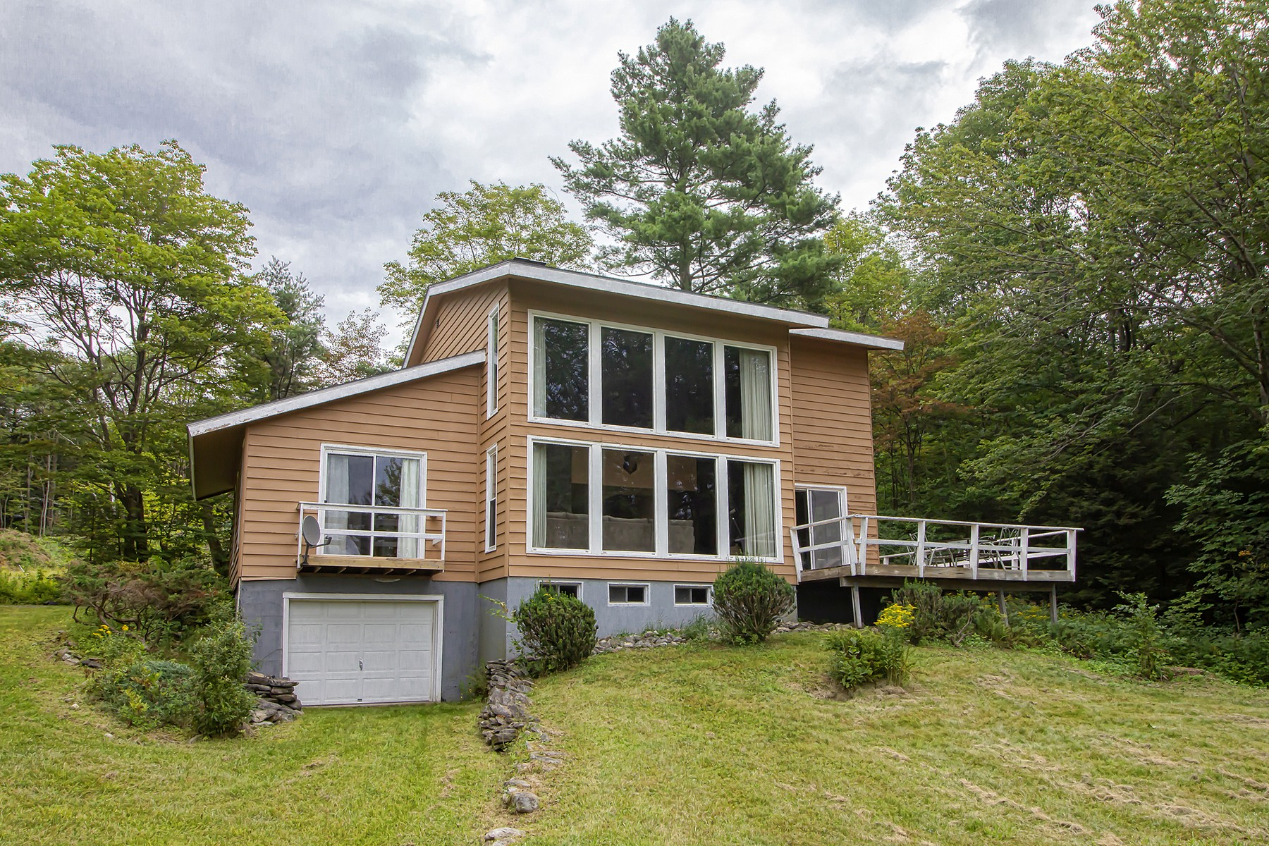 Single Family Homes for Sale at 248 Deer Hill Road Whitingham, Vermont 05361 United States