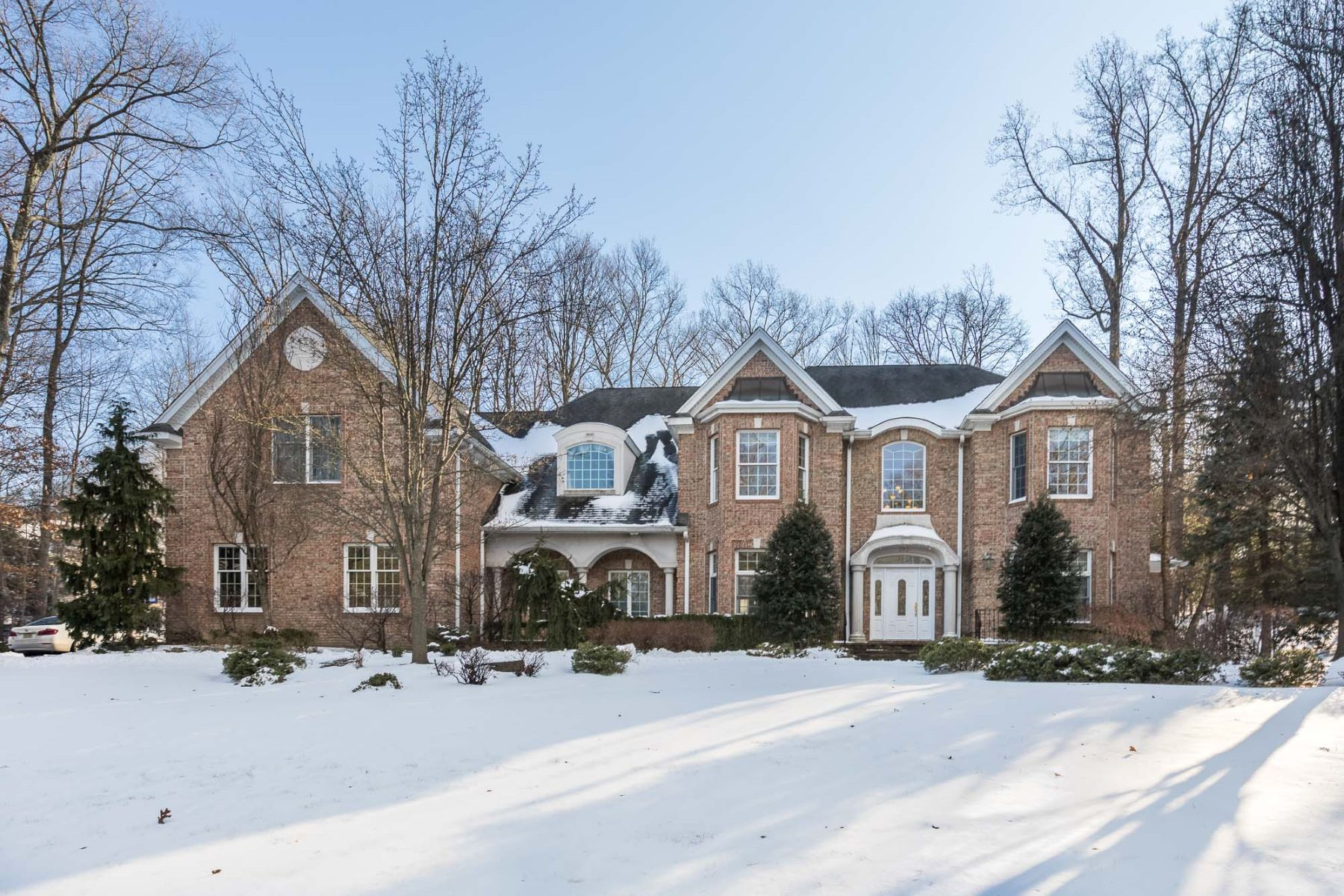 Single Family Home for Sale at Beautiful Colonial 292 Haven Road, Franklin Lakes, New Jersey, 07417 United States