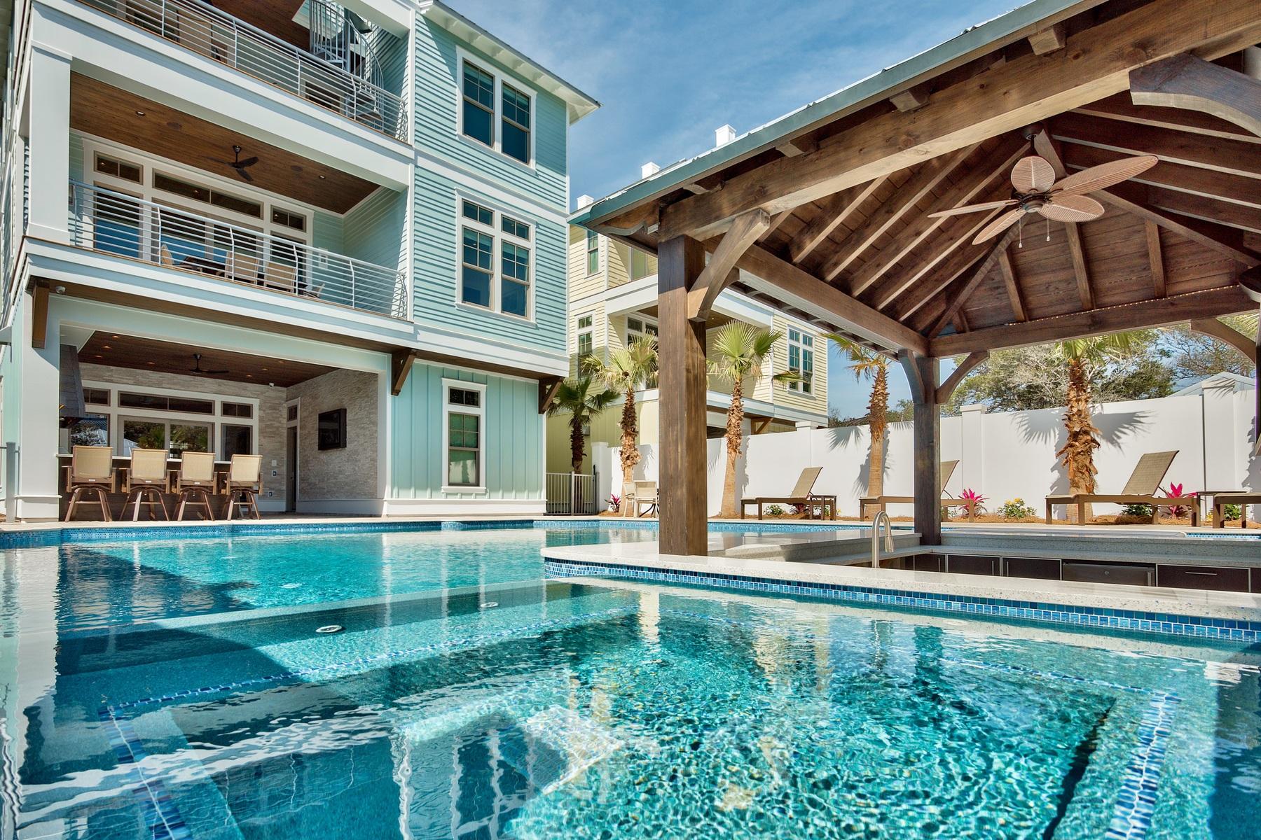 獨棟家庭住宅 為 出售 在 CRYSTAL BEACH CONTEMPORARY VACATION RENTAL MAGNET 69 Dolphin Street Destin, 佛羅里達州, 32541 美國