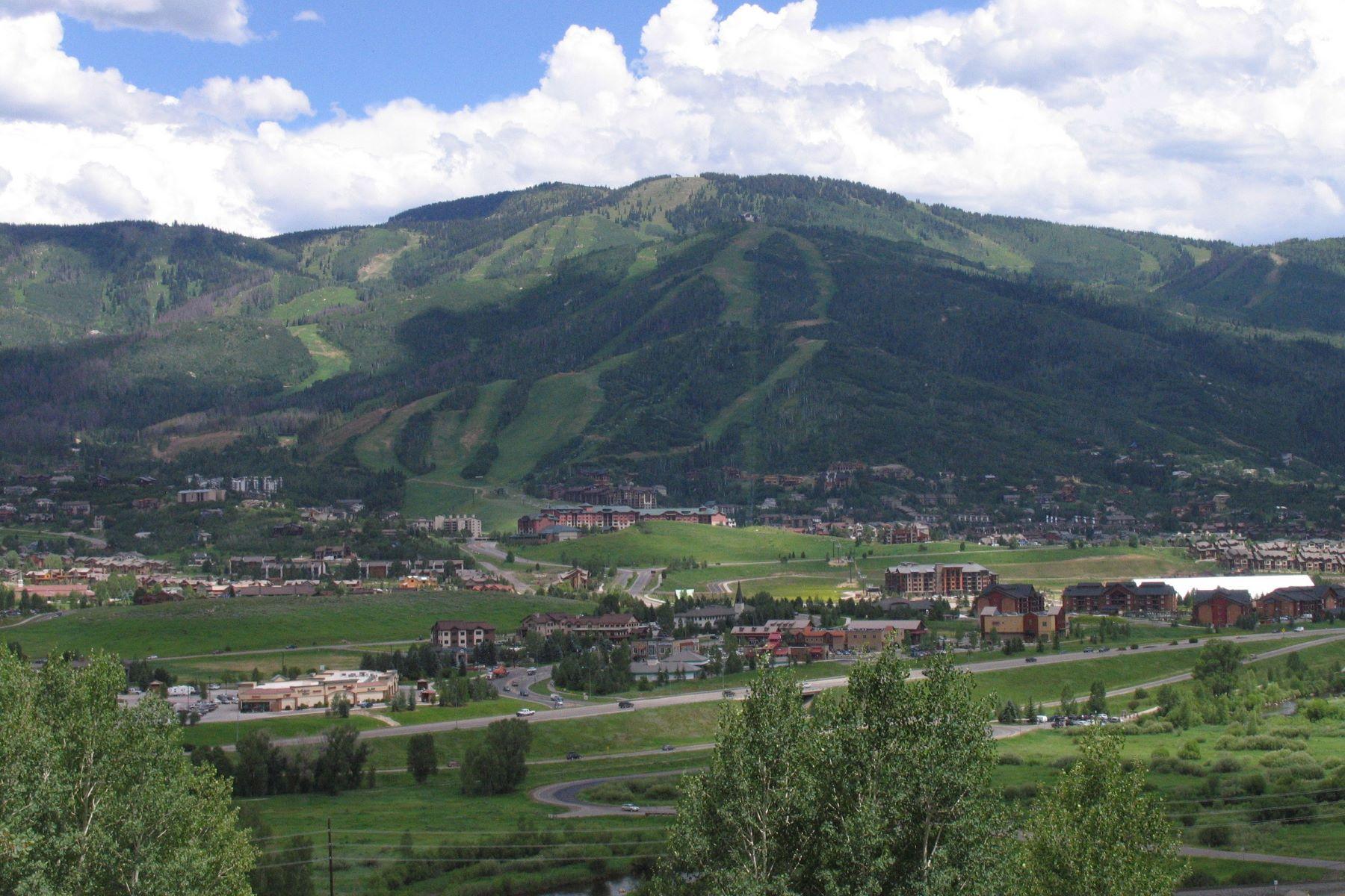 Terrain pour l Vente à Prime Lot in Running Bear 2524 Melrose Ln. Steamboat Springs, Colorado 80487 États-Unis