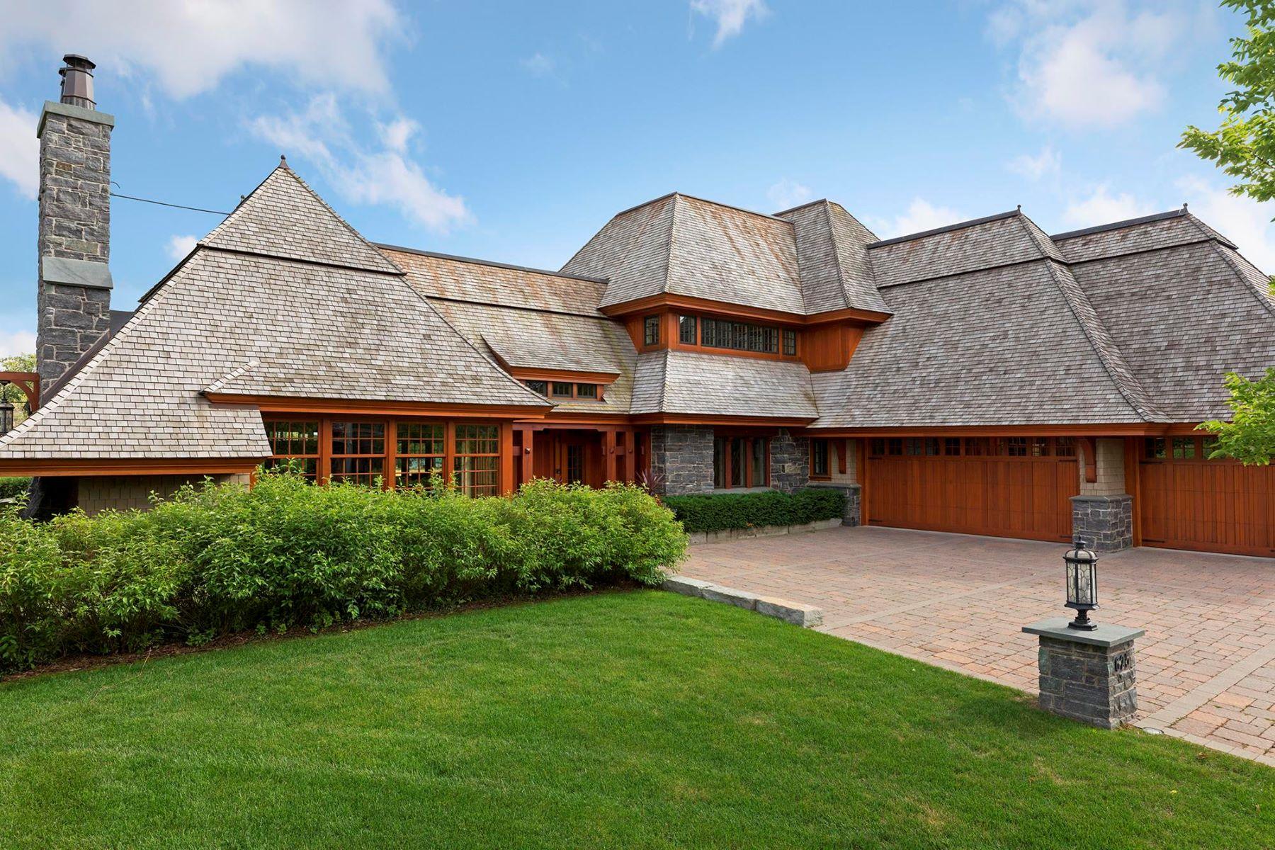 Maison unifamiliale pour l Vente à 625 Locust Hills Drive Wayzata, Minnesota, 55391 États-Unis