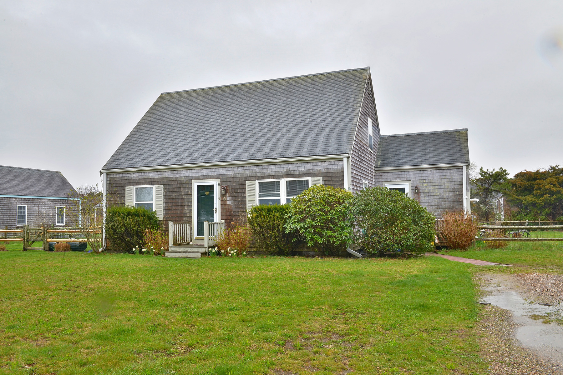 Single Family Home for Sale at Bright and Cheery! Perfect Year Round or Vacation Home! 5A Thurstons Way Nantucket, Massachusetts, 02554 United States
