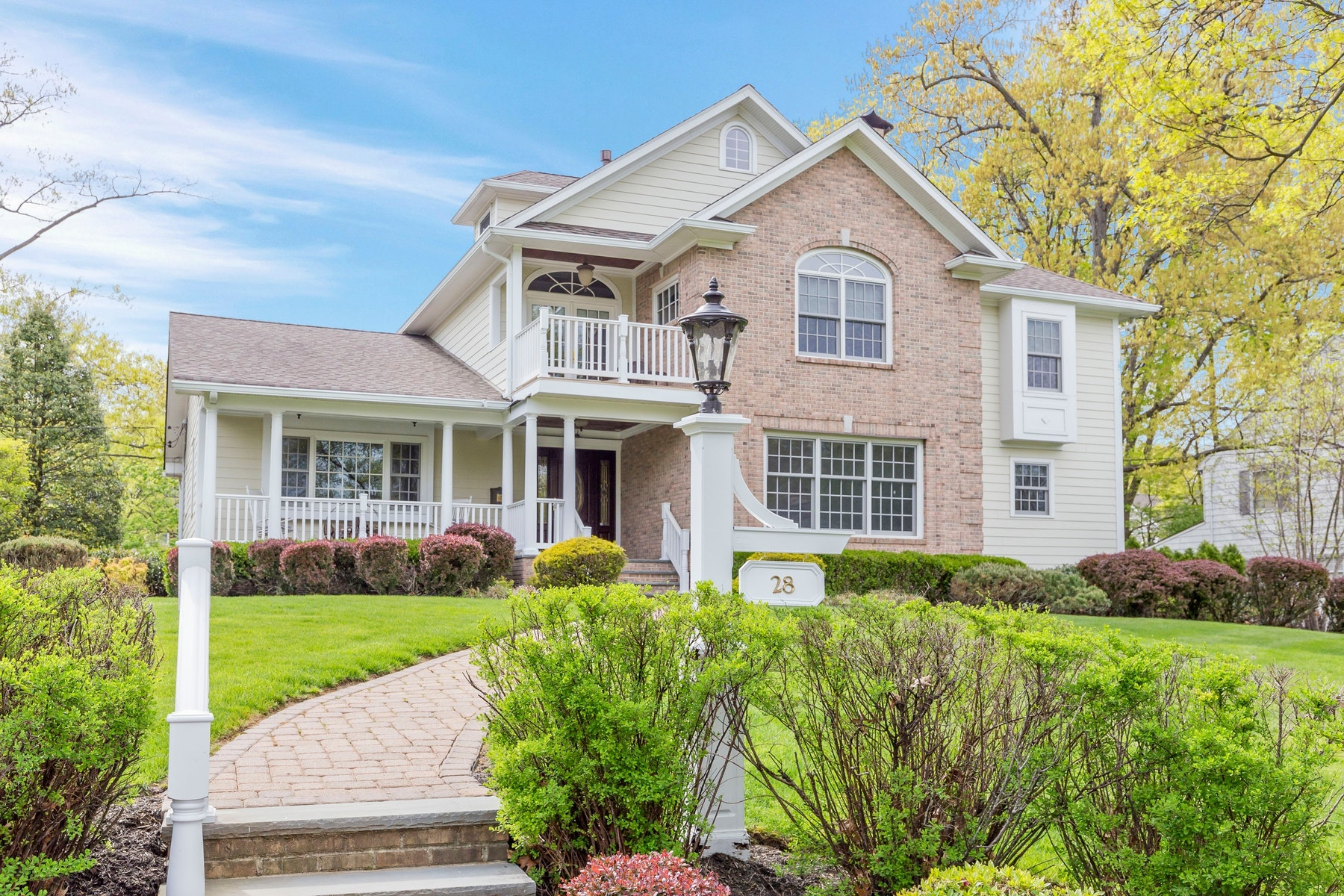 Single Family Homes for Sale at Architects own home! 28 Burrington Gorge Westfield, New Jersey 07090 United States