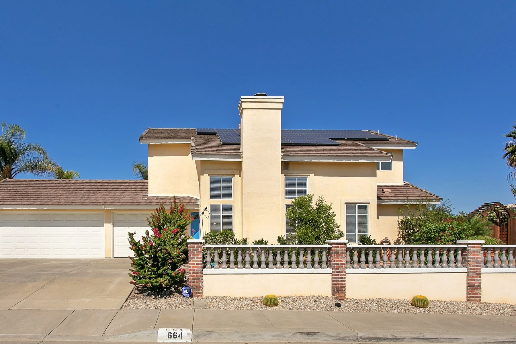 Single Family Homes for Sale at 664 Felicita Place Escondido, California 92025 United States