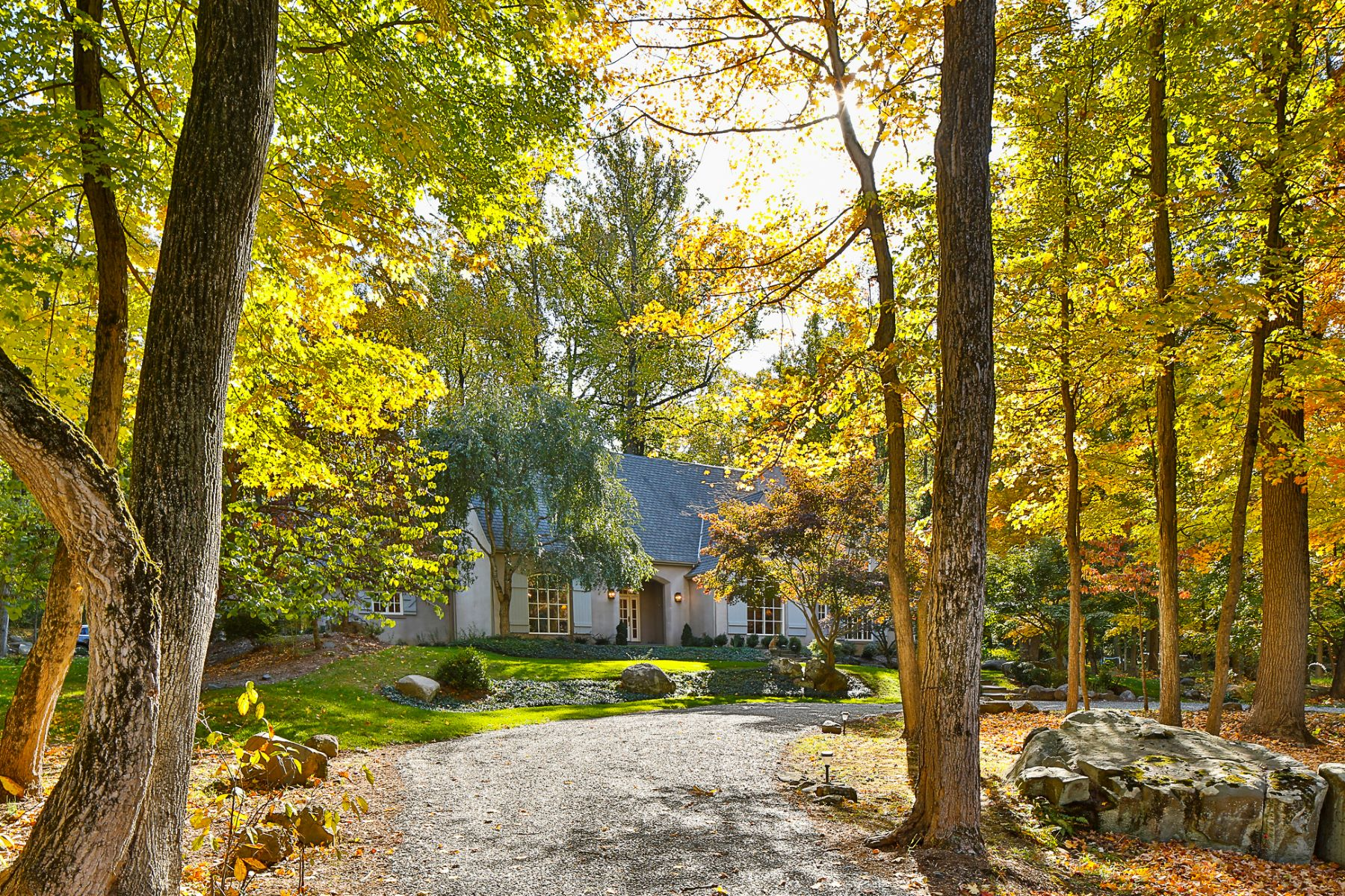 Additional photo for property listing at Romantic, Wooded Views and Sophisticated Style 316 Cherry Valley Road, Princeton, New Jersey 08540 United States