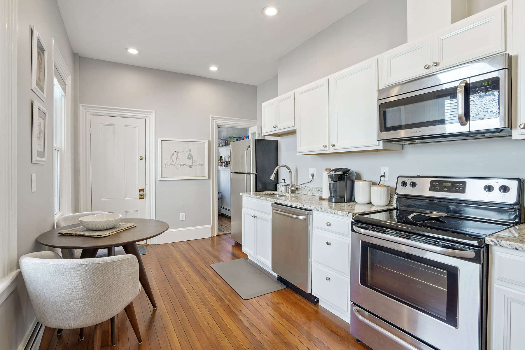 Additional photo for property listing at 41 Pearl Street - Unit 1 41 Pearl St 1 Boston, Massachusetts 02129 United States