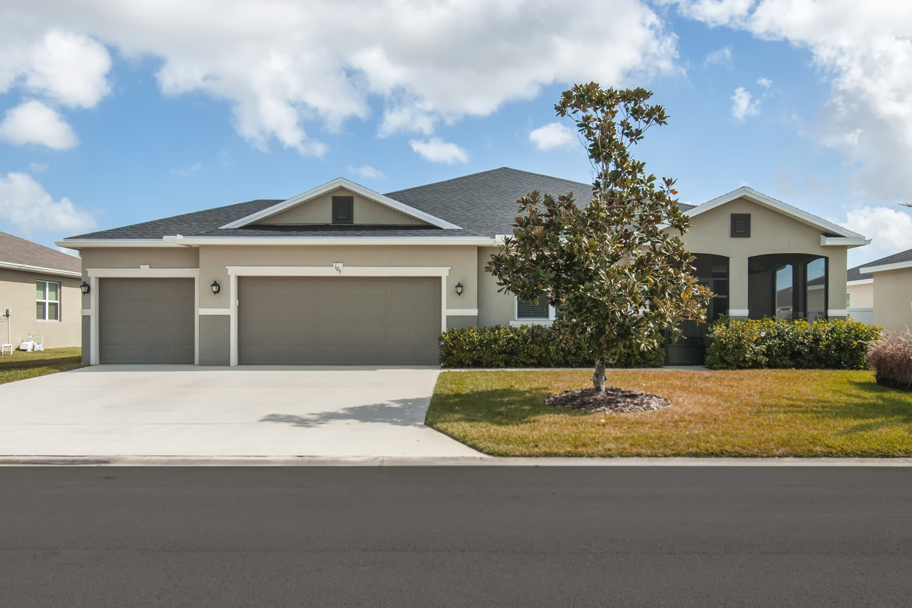 Single Family Home for Sale at Fantastic Home That Shows Like a Model! 105 Salazar Lane Sebastian, Florida 32958 United States