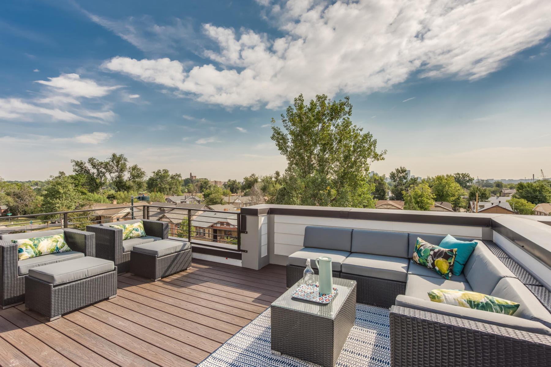 Townhouse for Active at TOWNHOME FEATURING EXPANSIVE ROOFTOP DECK 4062 W 16th Ave Denver, Colorado 80204 United States