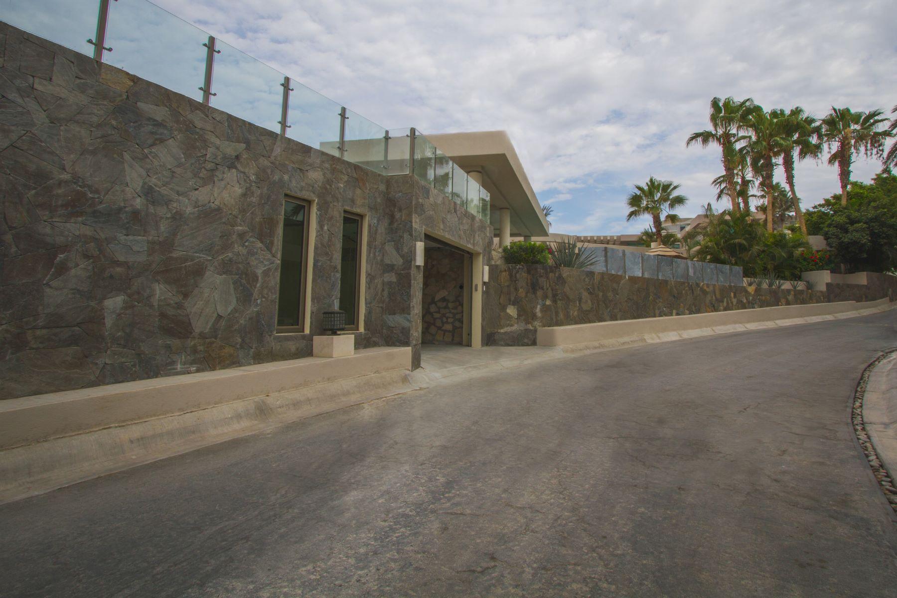 Additional photo for property listing at Villa Stephanie Villa 6 KM 18.5 Other Baja California Sur, Baja California Sur 23405 México